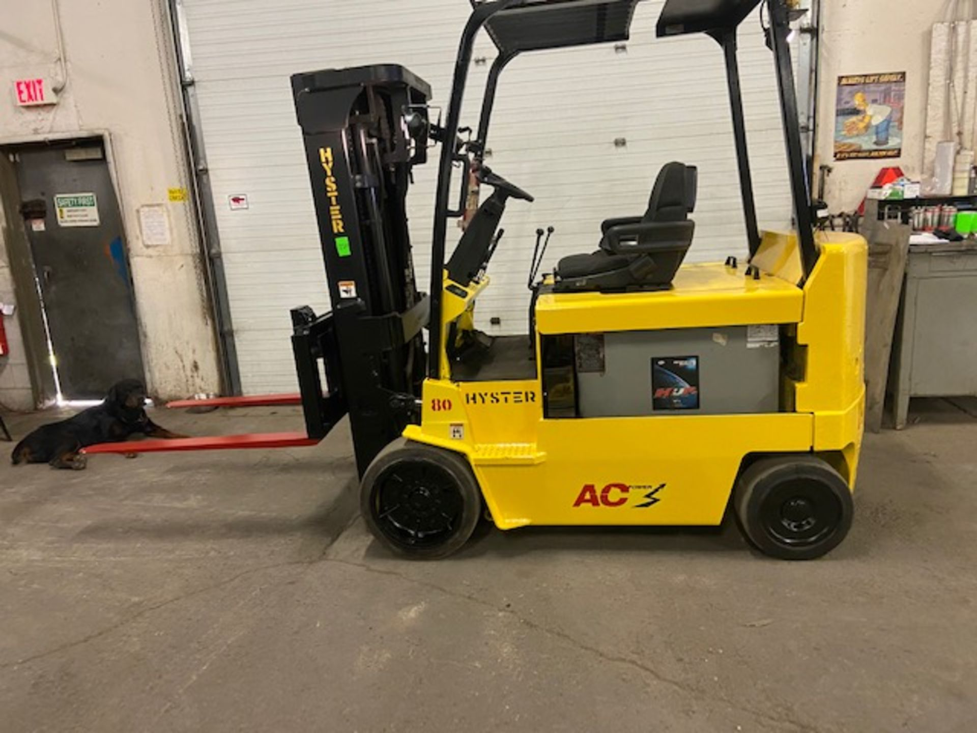 FREE CUSTOMS - 2008 Hyster 8000lbs Capacity Forklift Electric with sideshift and 3 stage mast