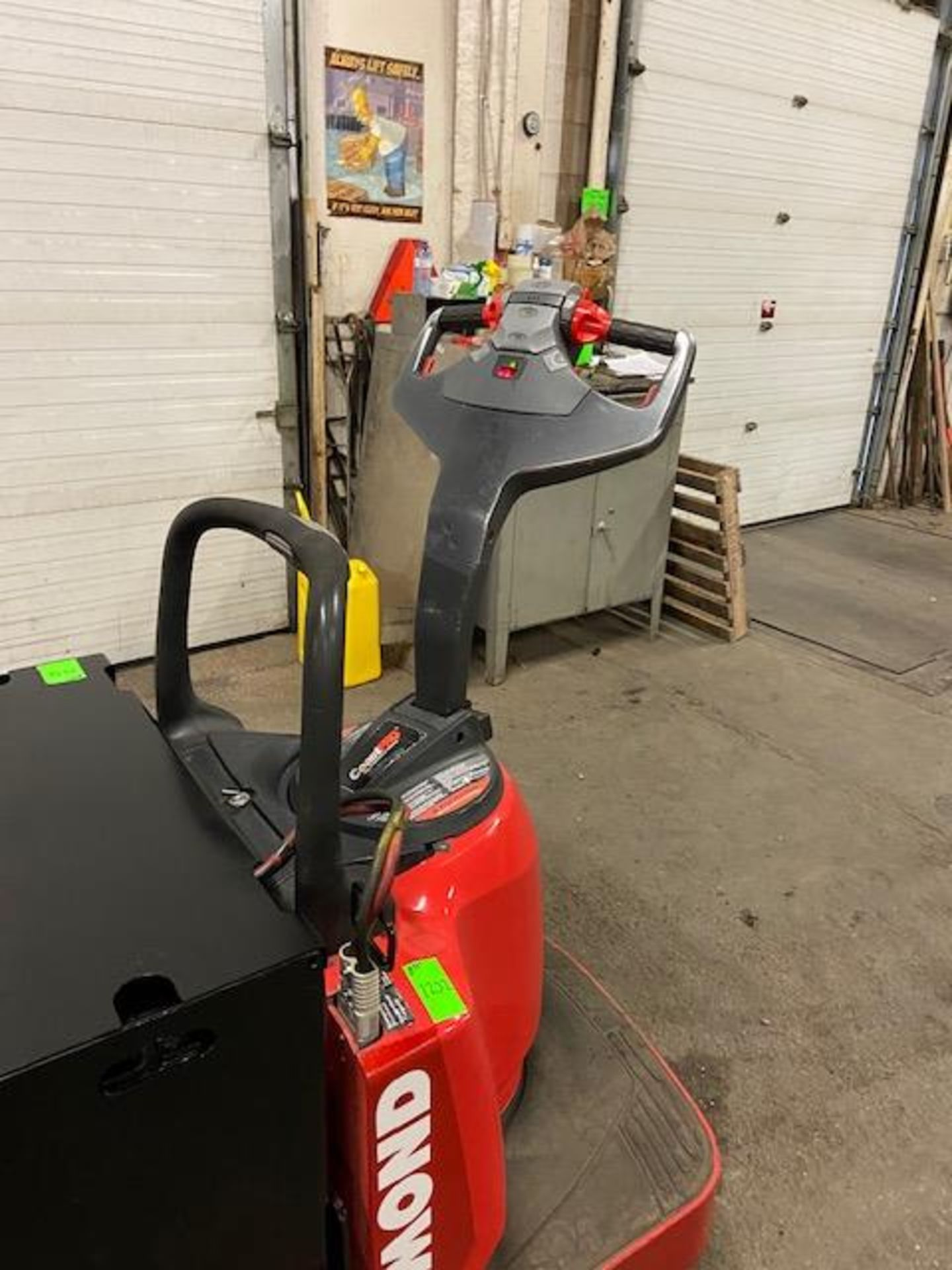 Raymond Electric Ride on Powered Pallet Cart Lift 8000lbs capacity 8' Long NICE - Image 2 of 3