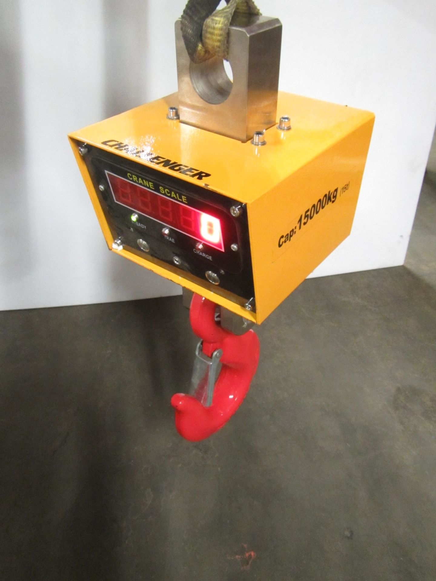 Hanging MINT Digital Crane Scale 15 ton Capacity 15000kg - complete with remote control and charging