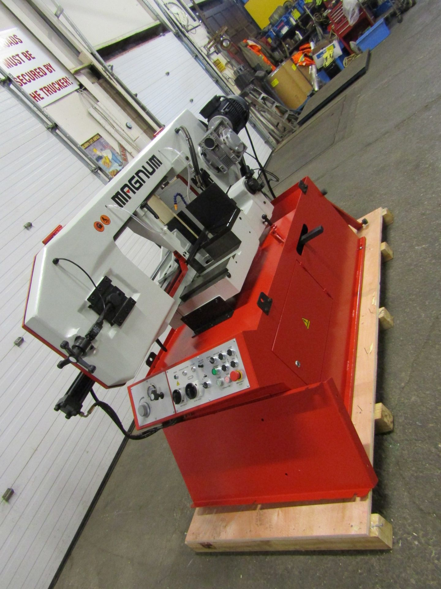 Magnum BS-1616A Horizontal Band Saw - 16 X 16 inch CUTTING CAPACITY - MINT & UNUSED 220V - Image 4 of 4