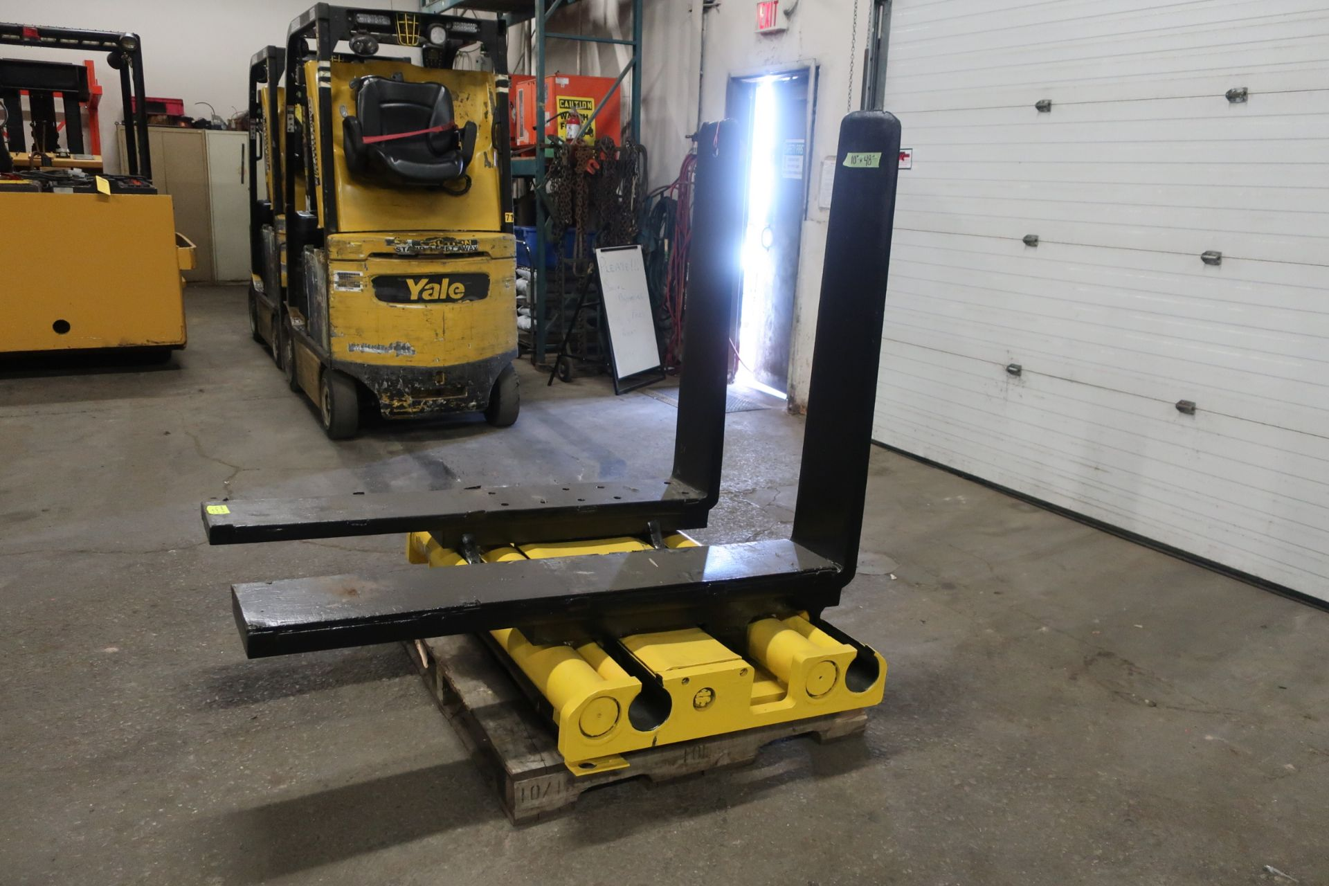 """Forklift Forks 48"""" Long 10"""" wide with Positioner CLASS 4"""