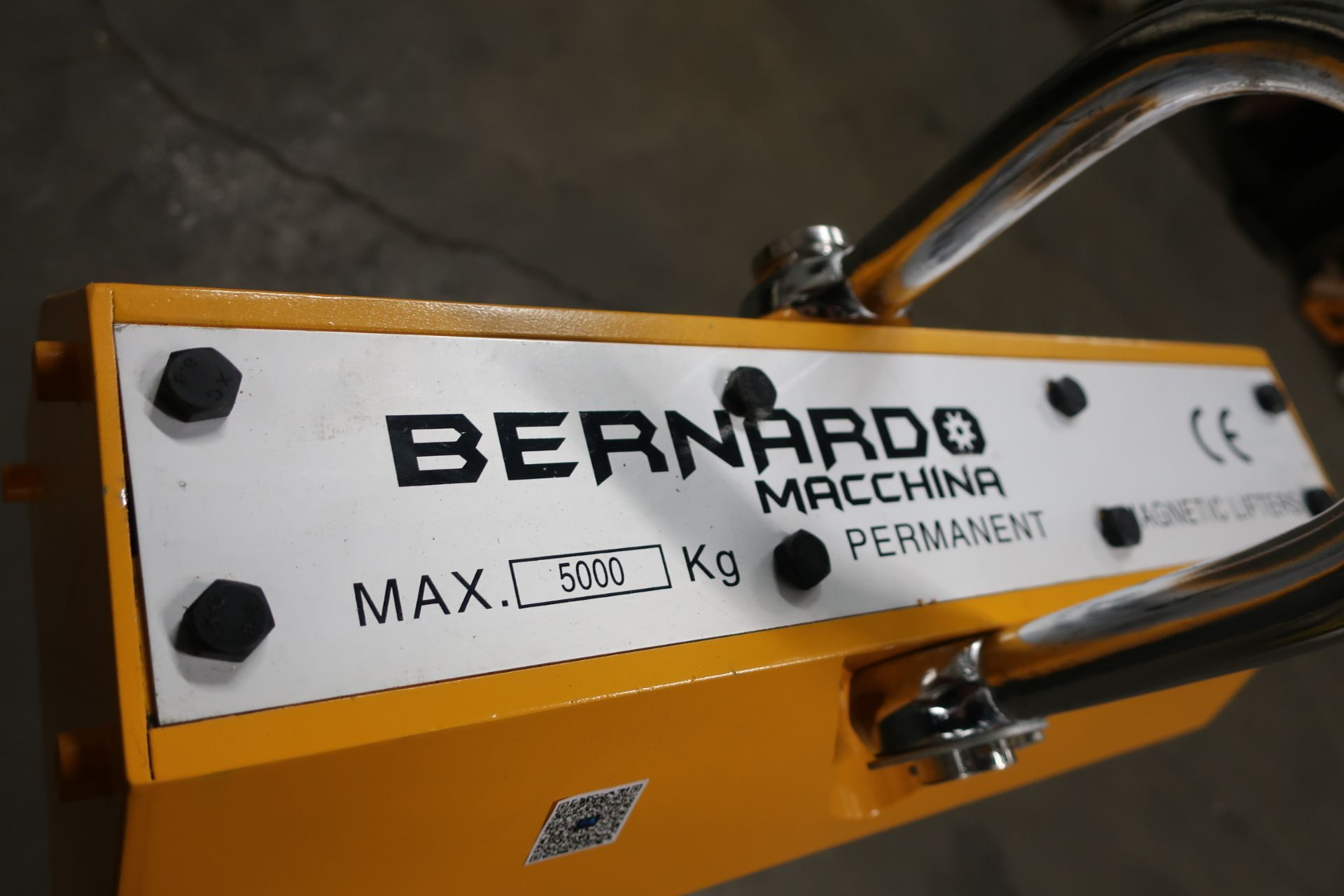 Bernardo 11,000lbs / 5 ton HUGE Heavy Duty Lifting Magnet - for plate and pipe - MINT UNIT - Image 2 of 3