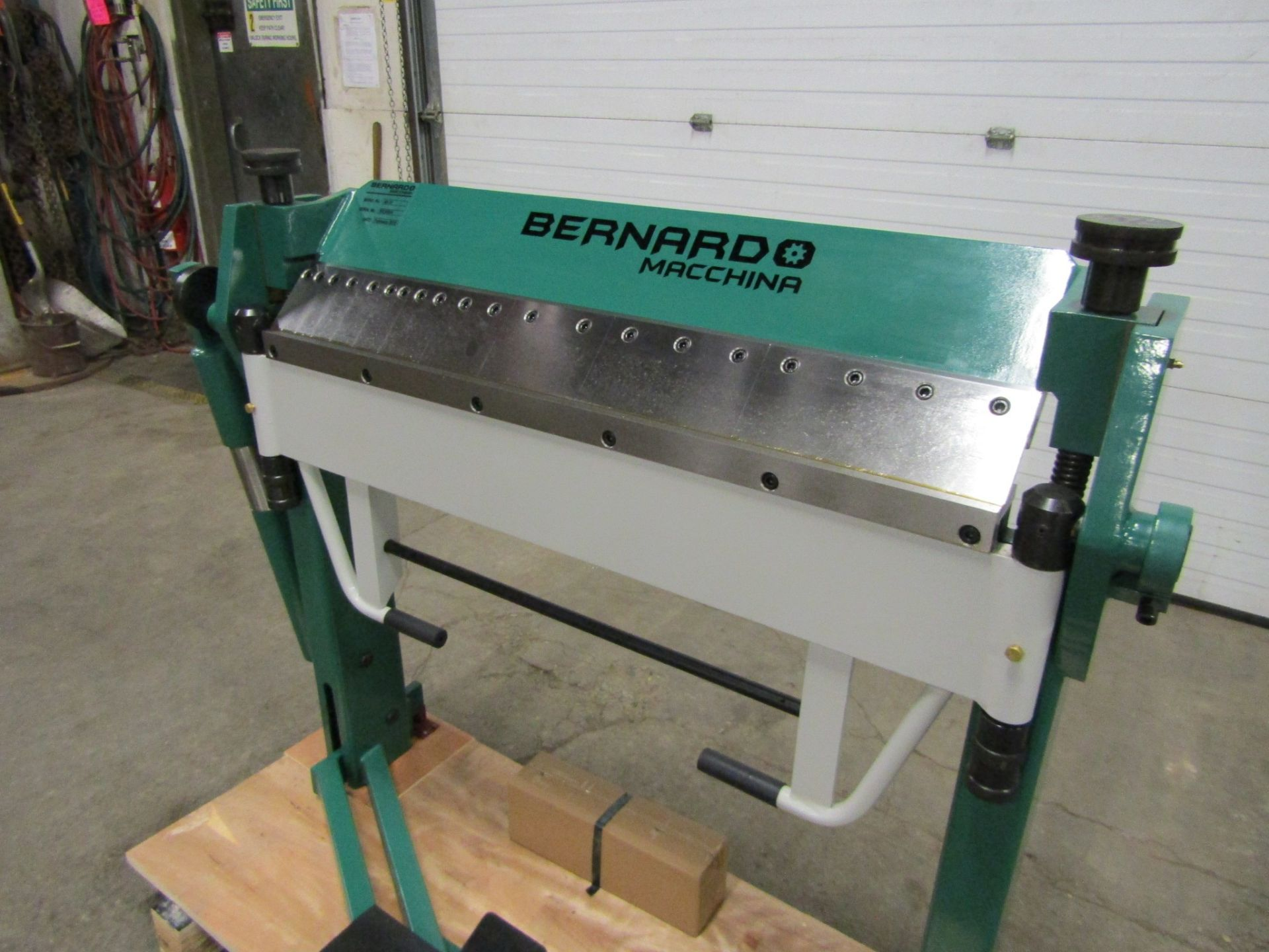 "Bernardo Box & Pan / Hand Brake - 40"" capacity working width & 2.5mm capacity plate thickness MINT"