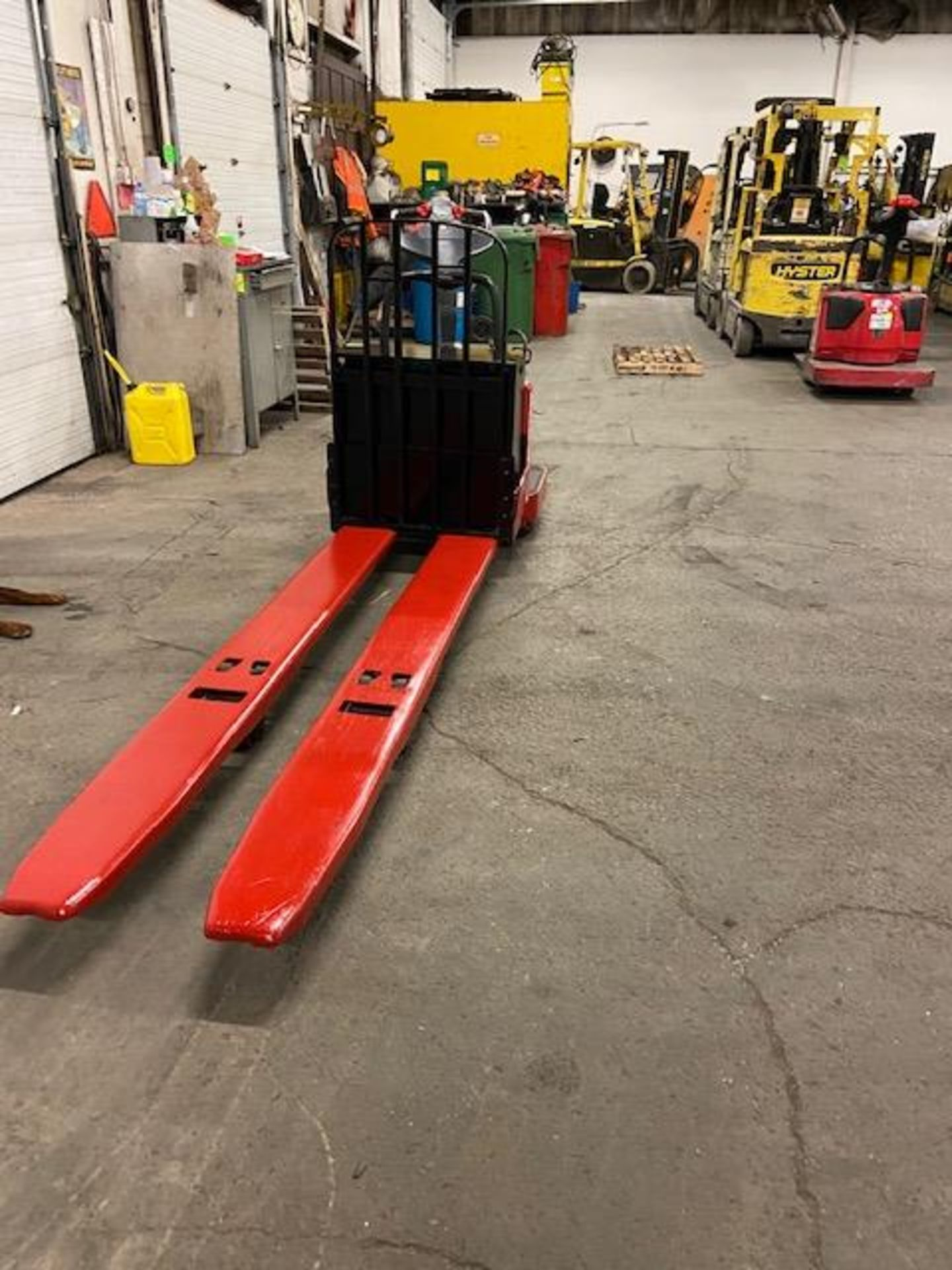 Raymond Electric Ride on Powered Pallet Cart Lift 8000lbs capacity 8' Long NICE - Image 3 of 3