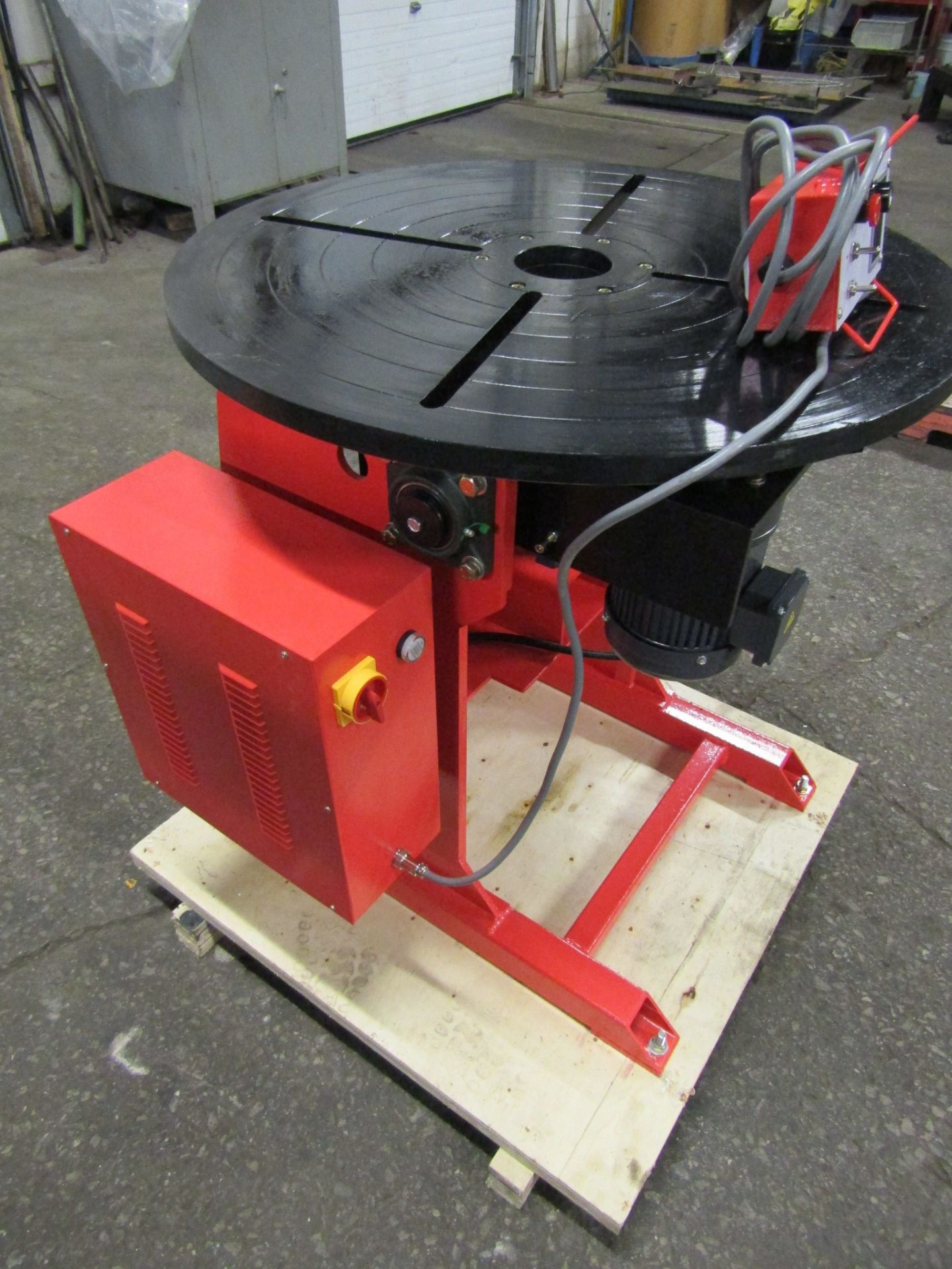 ***** Verner model VD-1500 WELDING POSITIONER 1500lbs capacity - tilt and rotate with variable speed - Image 2 of 2