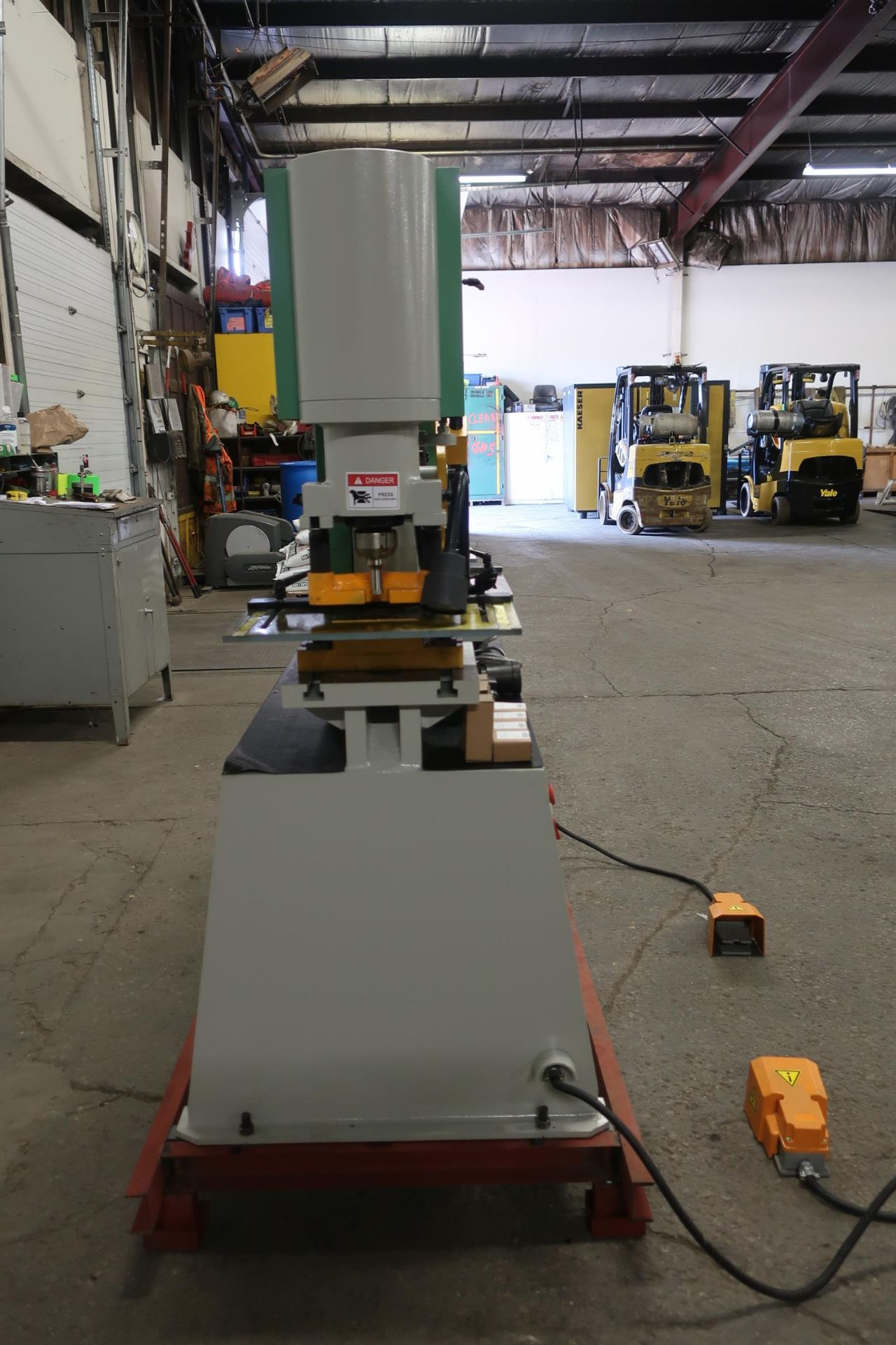 Bernardo Macchina 65 Ton Capacity Hydraulic Ironworker - complete with dies and punches - Dual - Image 2 of 3