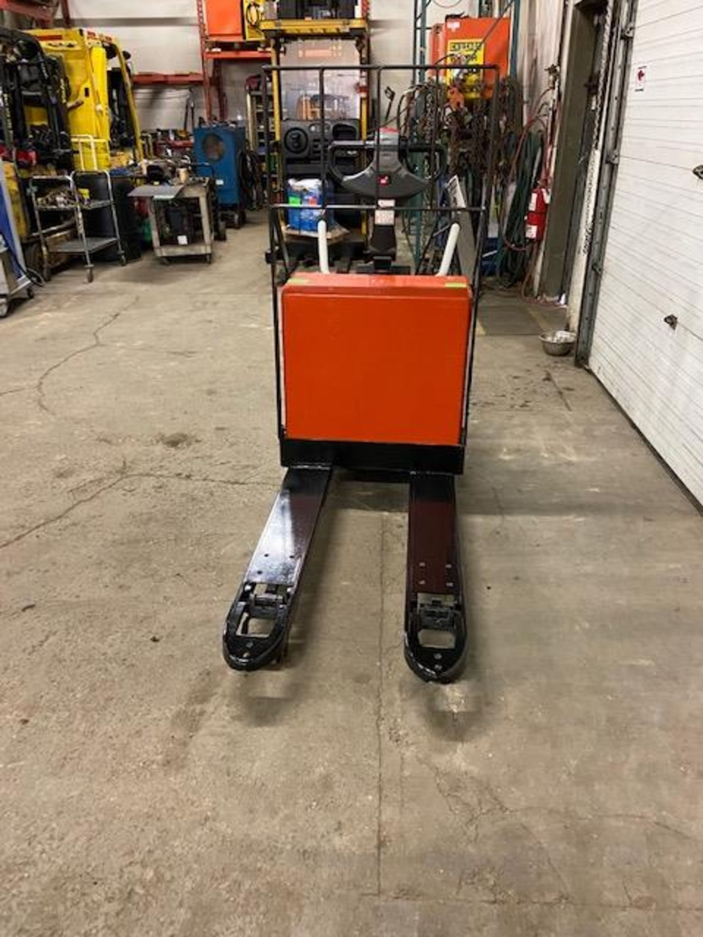 """2007 BT Raymond Ride On Electric Powered Pallet Cart Walkie Lift 5000lbs capacity 48"""" with LOW - Image 3 of 3"""