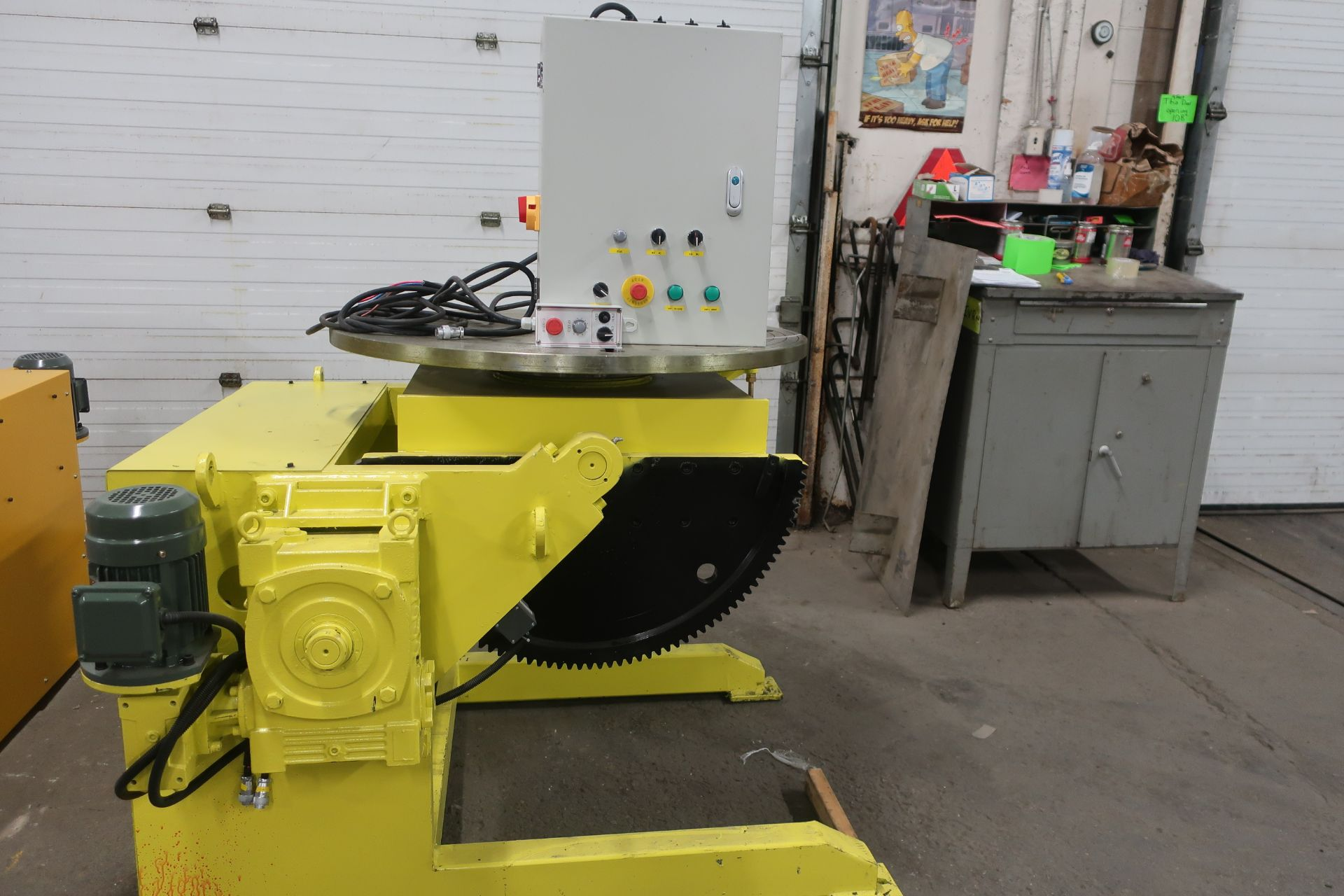Verner model VD-2500 WELDING POSITIONER 2500lbs capacity - tilt and rotate with variable speed drive - Image 3 of 3