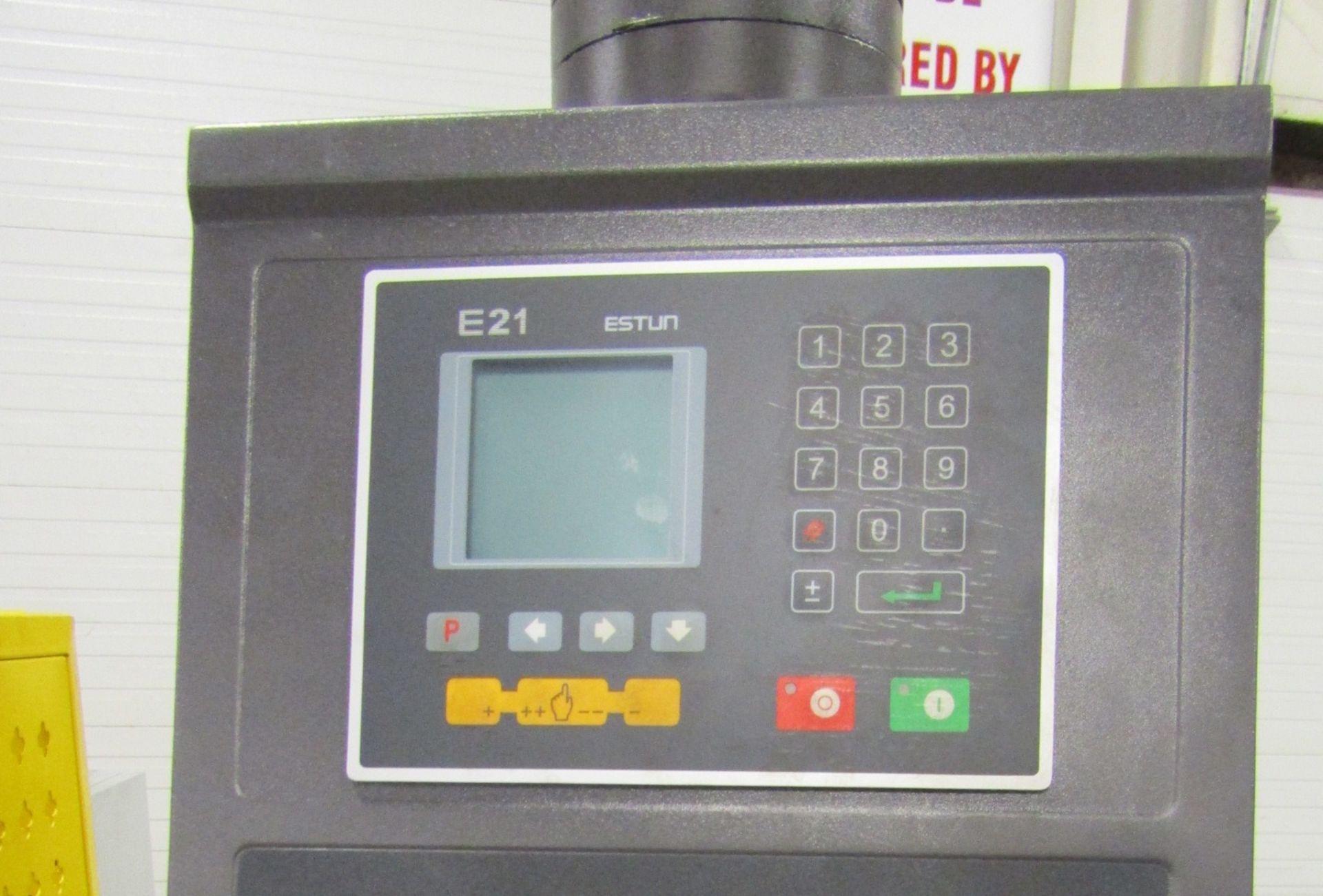 "Bernardo Hydraulic Press Brake 40 ton capacity 60"" bed - 460/575V 3 phase with CNC back gauge and - Image 2 of 2"