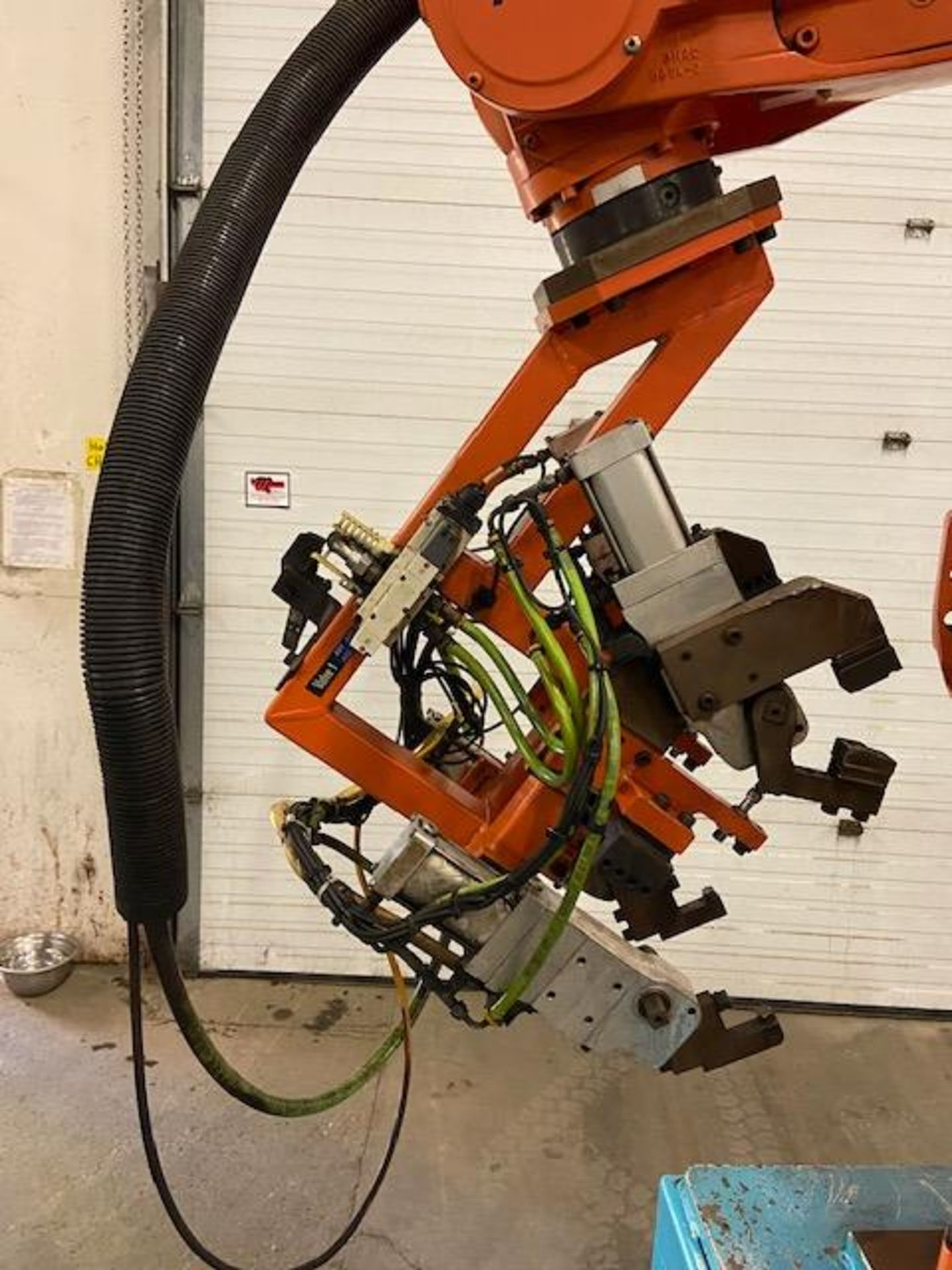 2008 ABB IRB 6400R Robotic Material Handler Package w/ Controller and end of arm tooling - Image 2 of 7
