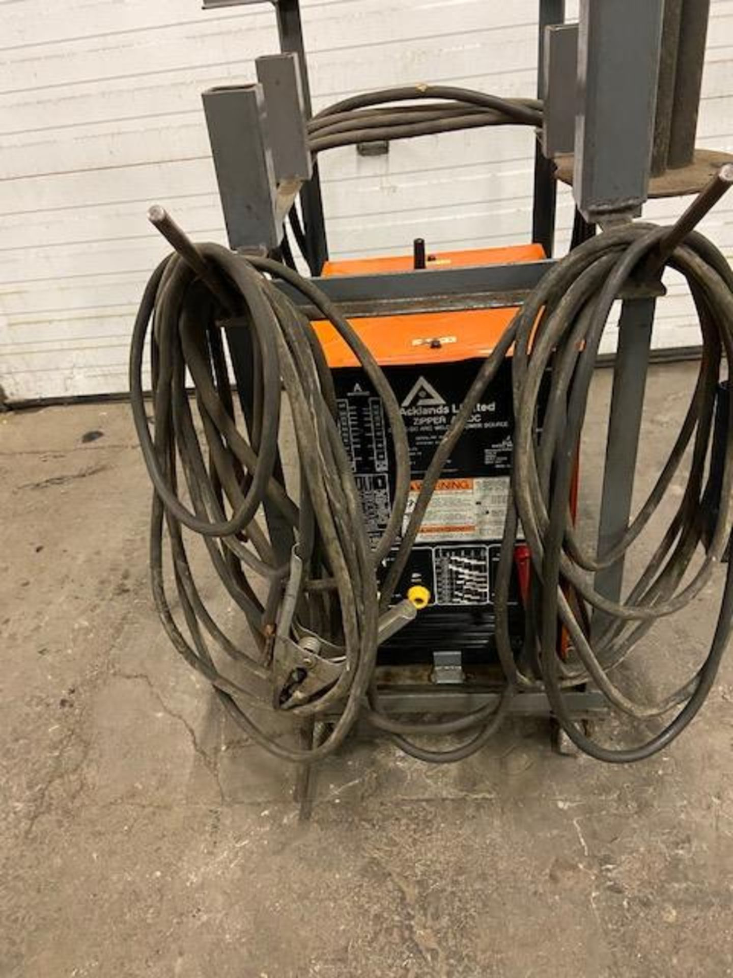 Acklands Liminted CC - AC/DC Arc Welding Stick Welder System 225A unit on cart with cables - Image 3 of 3