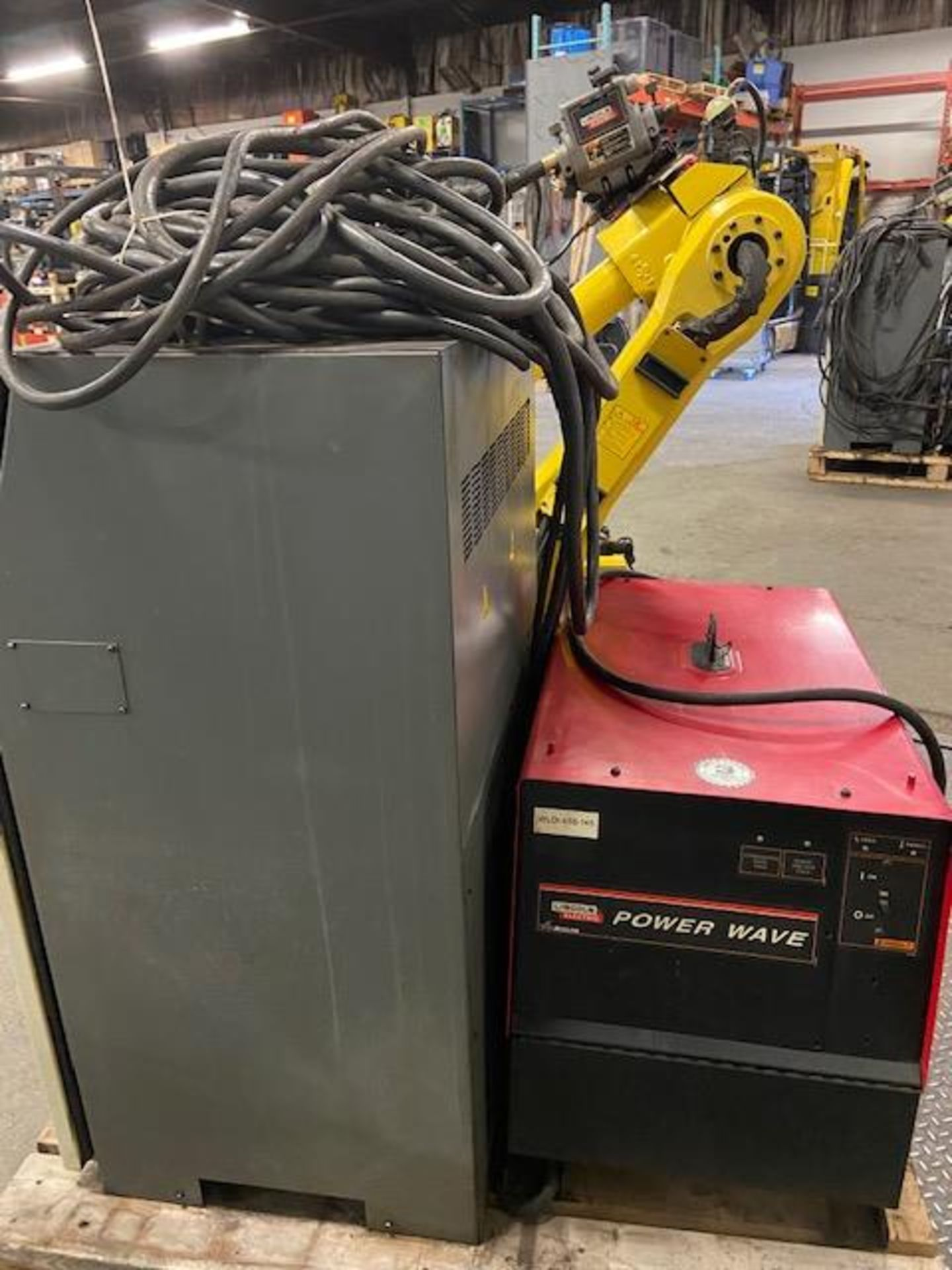 2008 Fanuc Arcmate 120iB / 10L Welding Robot with System FULLY TESTED with R30iA Controller, teach - Image 4 of 5