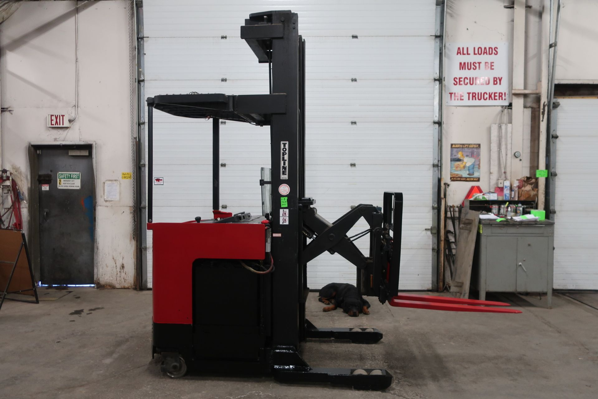 FREE CUSTOMS - Raymond Reach Truck Pallet Lifter REACH TRUCK electric 4500lbs with sideshift