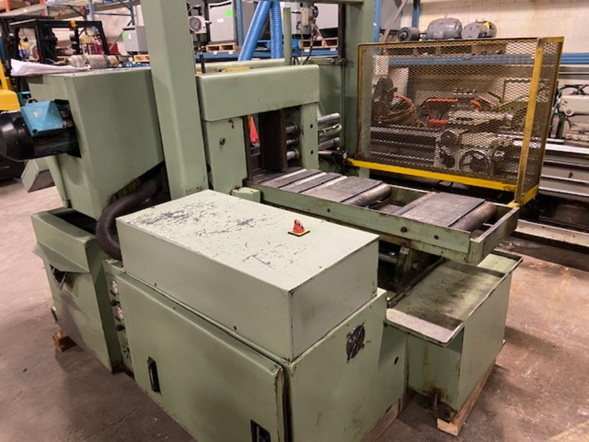 Hyd-Mech H-14 Fully Automatic horizontal band saw automatic feed and auto bundling system NICE - Image 3 of 4