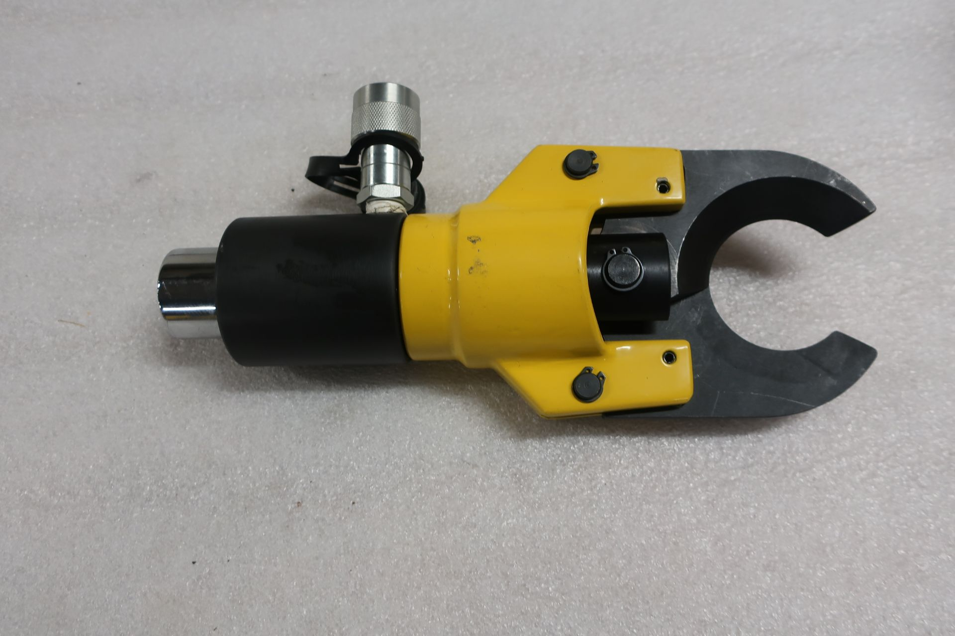 CC-50B Hydraulic Cable / Wire Cutter style - Mint and Unused in case