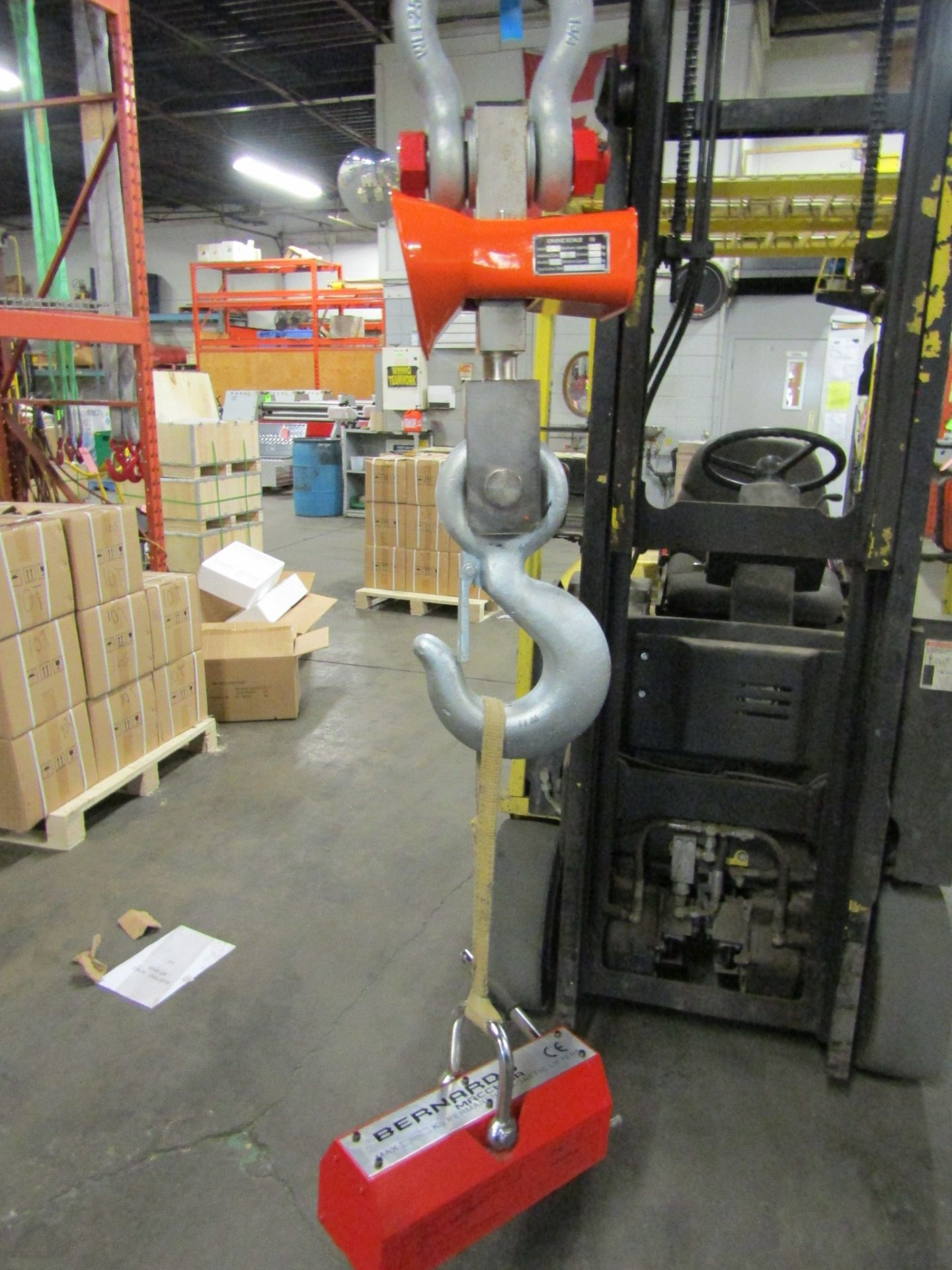 Hanging MINT Digital Crane Scale 40,000lbs 20 ton Capacity - complete with remote control and - Image 3 of 3