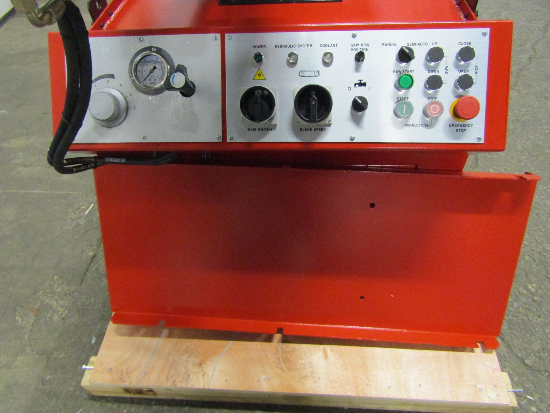 Magnum BS-1616A Horizontal Band Saw - 16 X 16 inch CUTTING CAPACITY - MINT & UNUSED 220V - Image 3 of 4