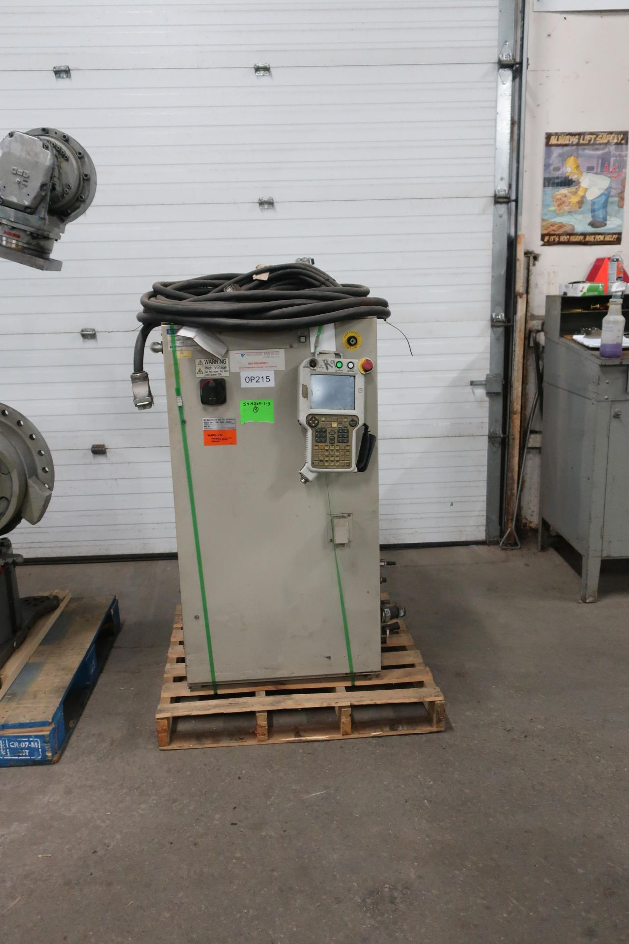 2008 Motoman ES200N Robot 200kg Capacity with Controller COMPLETE with Teach Pendant, Cables, LOW - Image 2 of 3