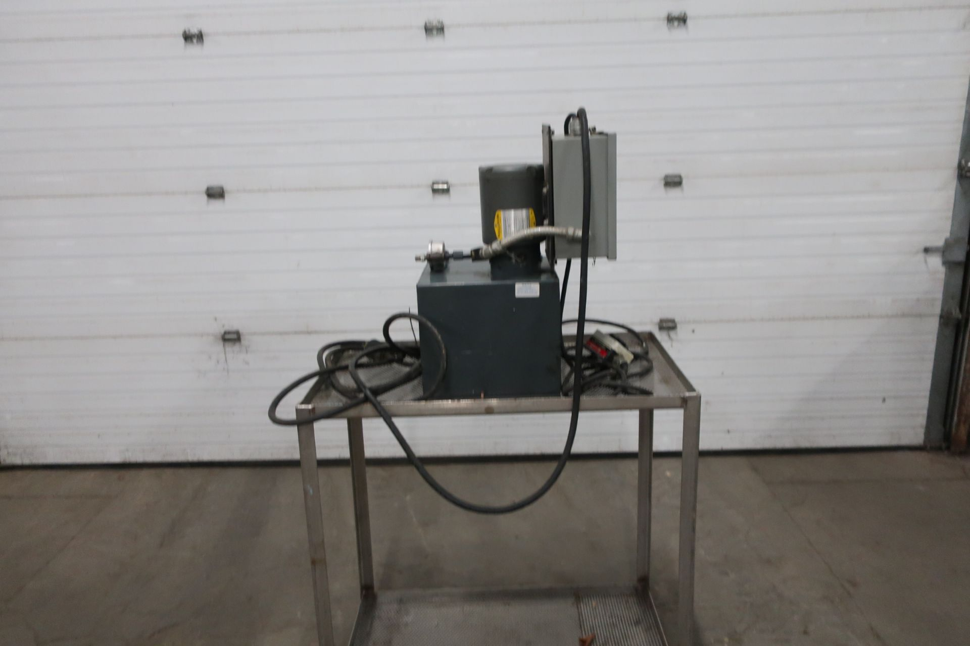 Blue Giant Pump Unit 1hp 600V 3 phase with remote control