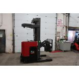 FREE CUSTOMS - 2010 Raymond Reach Truck Pallet Lifter REACH TRUCK electric 4500lbs with sideshift
