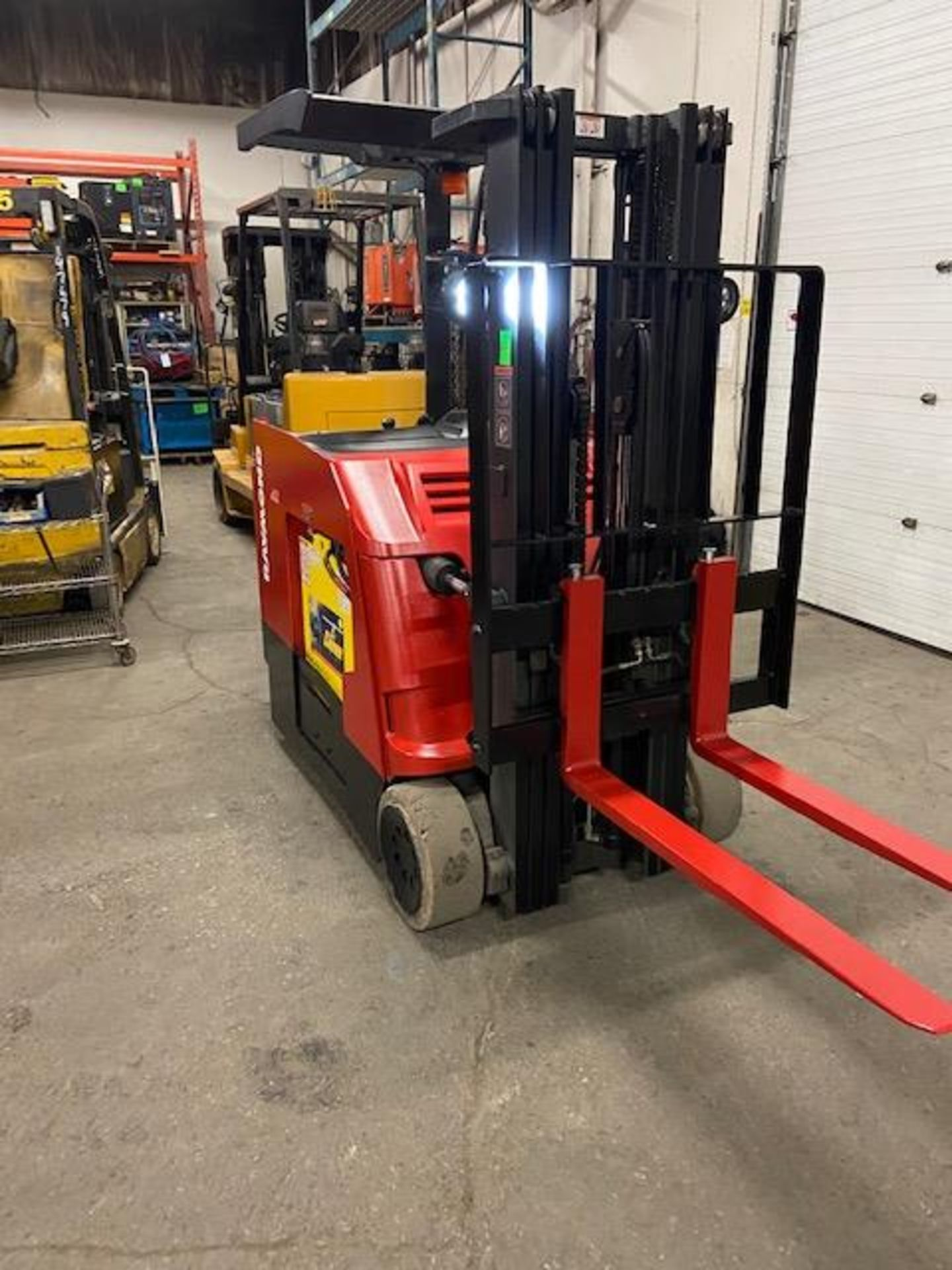 FREE CUSTOMS - 2014 Raymond 4000lbs Capacity Stand On Forklift Electric with 3-stage mast - Image 2 of 3