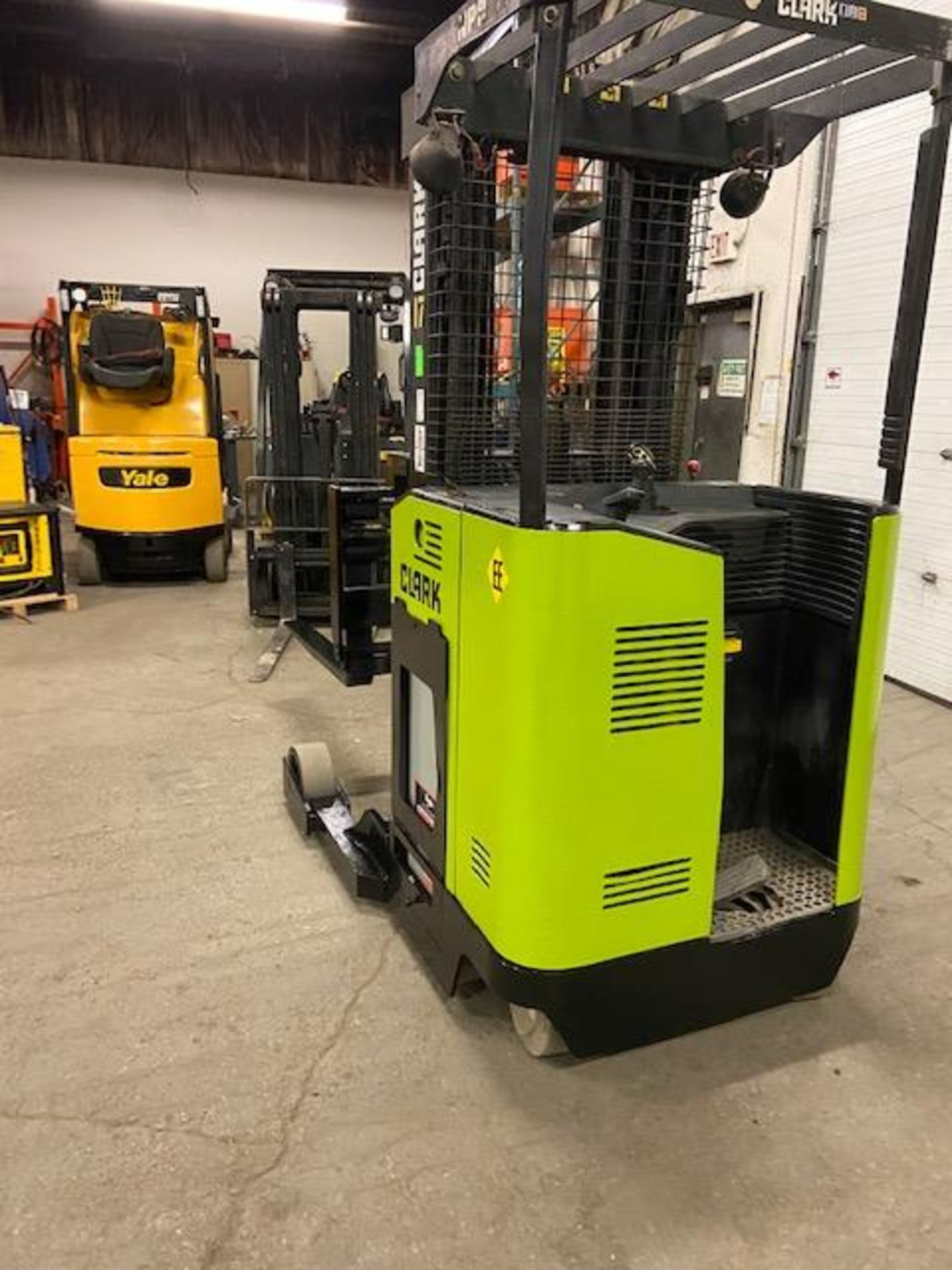 FREE CUSTOMS - Clark Reach Truck EXPLOSION PROOF (EE) Pallet Lifter 3500lbs capacity REACH TRUCK - Image 3 of 3