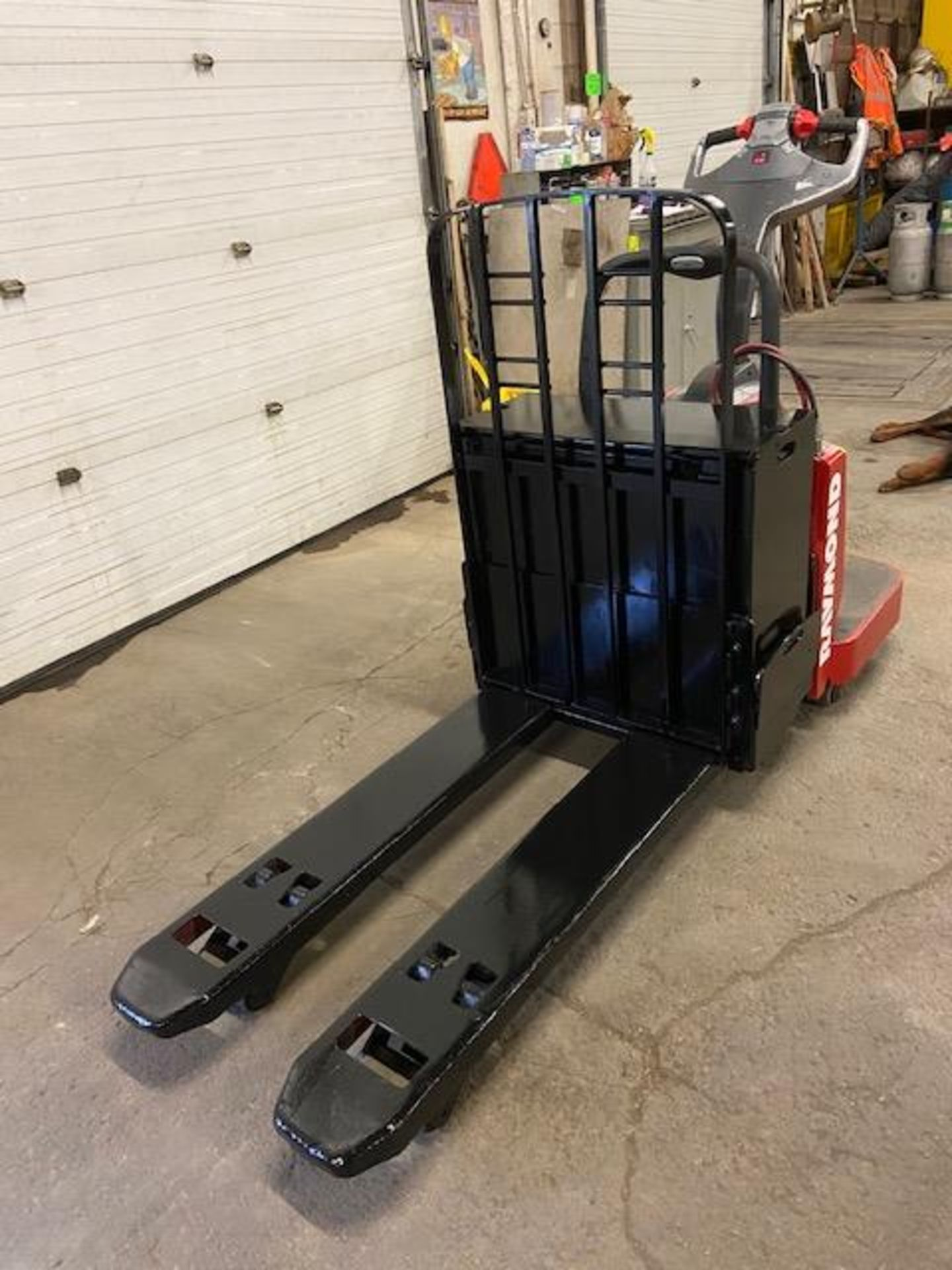 Raymond Electric Ride on Powered Pallet Cart Lift 6000lbs capacity 4' Long with LOW HOURS - Image 2 of 2