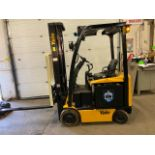 FREE CUSTOMS - 2014 Yale 3500lbs Capacity Forklift Electric with sideshift & fork positioner & 3-