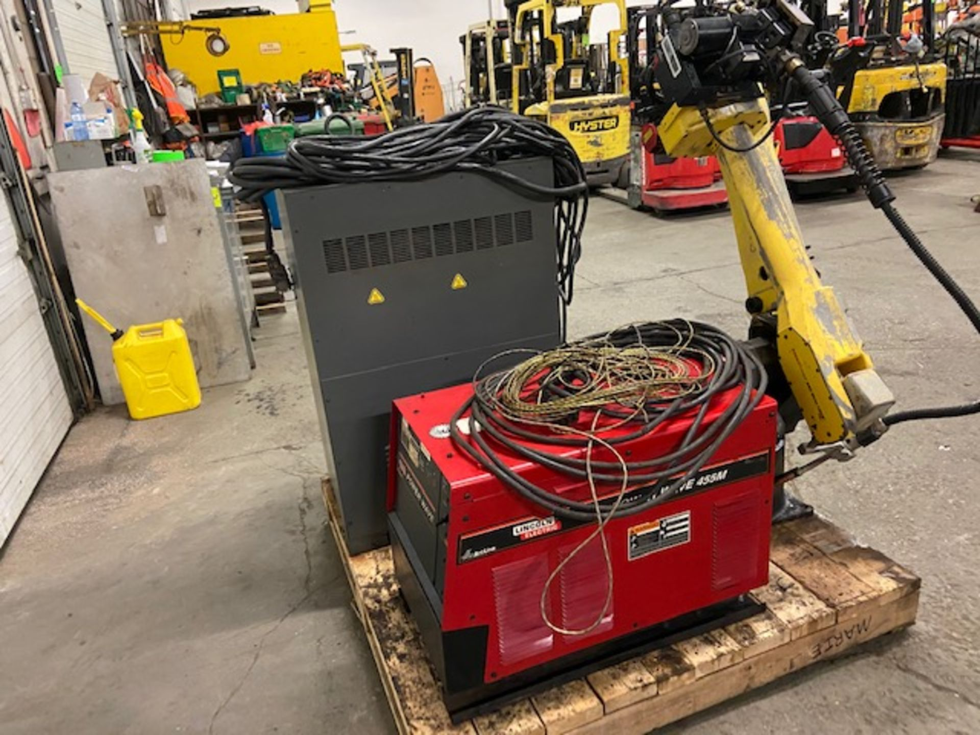 2008 Fanuc Arcmate 120iB / 10L Welding Robot with System FULLY TESTED with R30iA Controller, teach - Image 5 of 5
