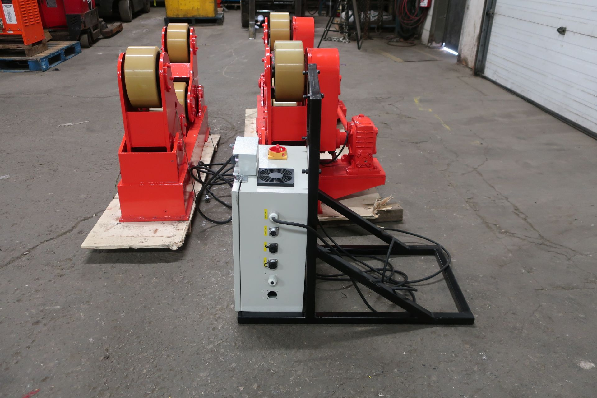 Verner Power tank rolls - Powered turning roll and idler 5TON or 10,000lbs capacity with wireless - Image 2 of 3