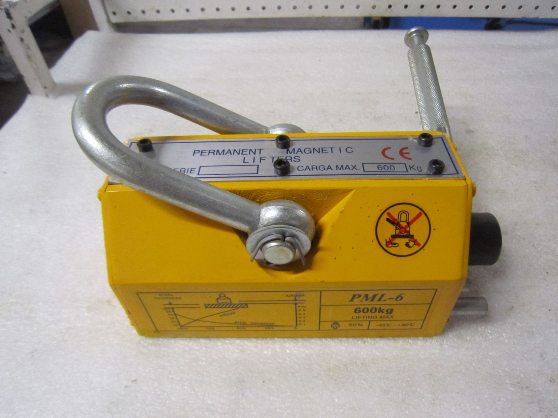 Brand New 600kg Lifting Magnet - for plate, tubing, pipe