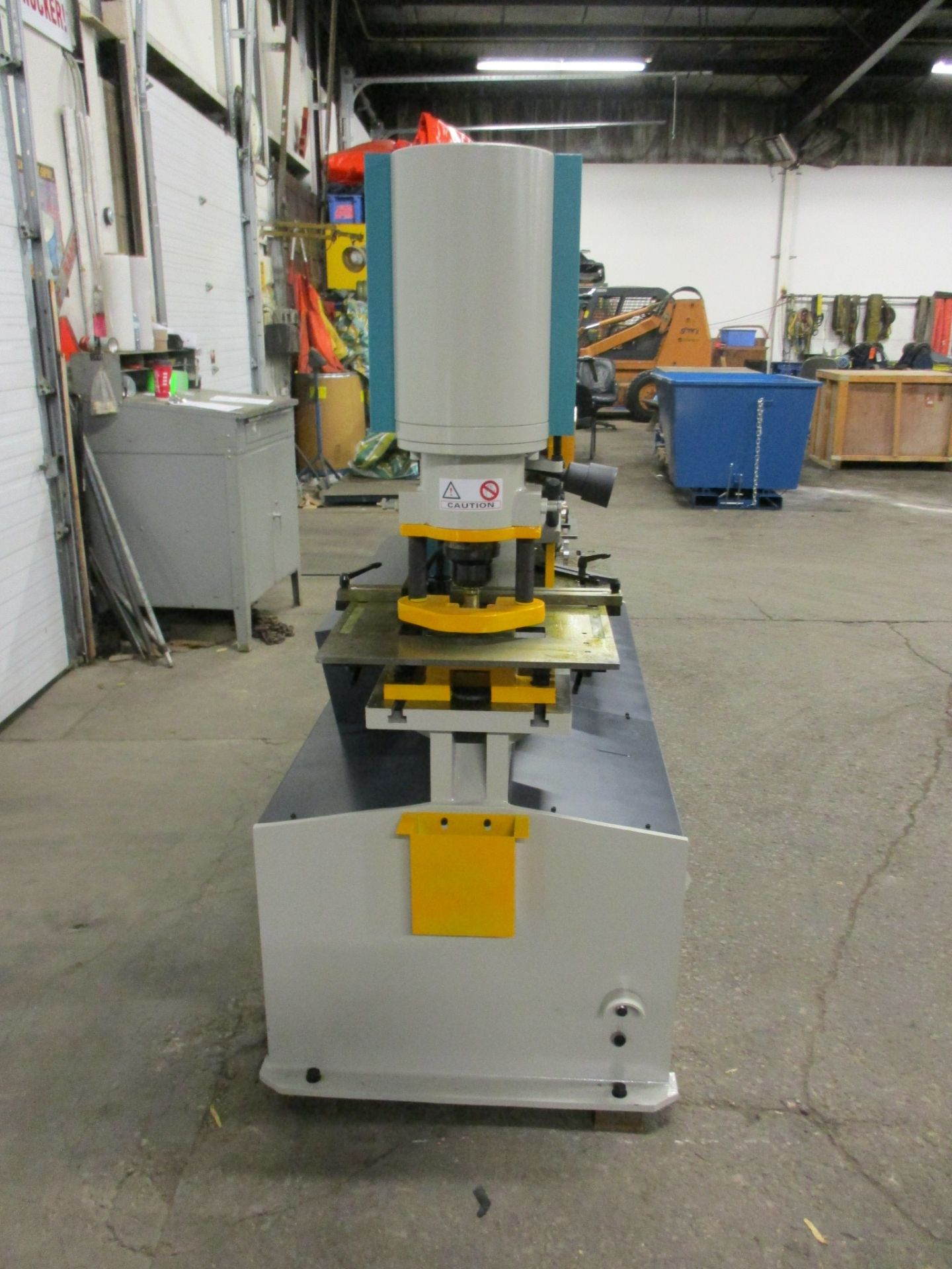 Bernardo Macchina 95 Ton Capacity Hydraulic Ironworker - complete with dies and punches - Dual - Image 2 of 4