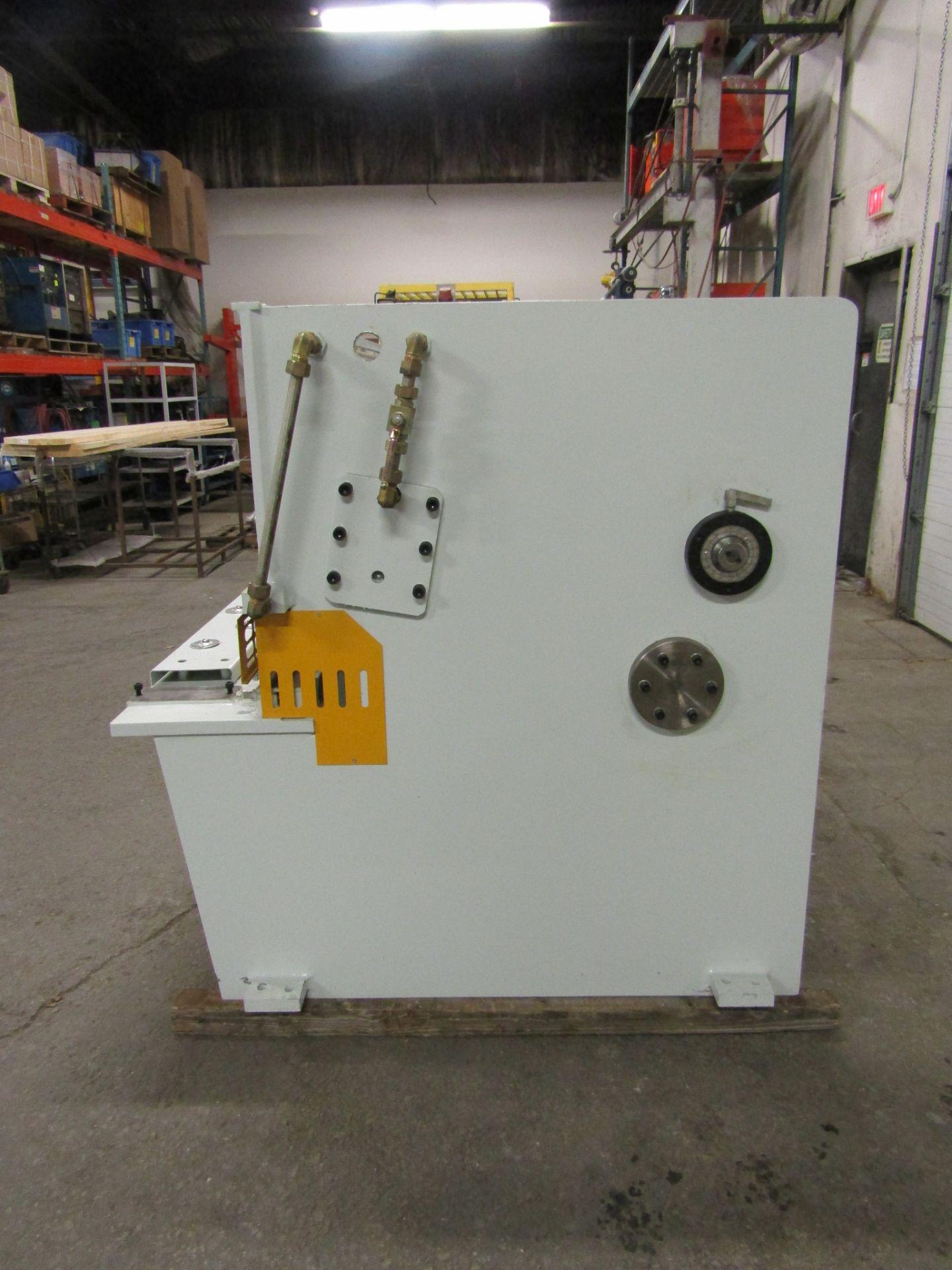 "Bernardo Hydraulic Shear 3/16"" max capacity 98"" width - 480/575V 3 phase MINT UNUSED UNIT complete - Image 3 of 6"