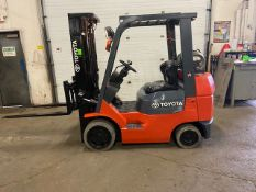 FREE CUSTOMS - Toyota 5000lbs capacity LPG (propane) Forklift with sideshift and 3-stage Mast