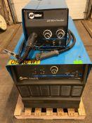 Miller Deltaweld 452 Mig Welder 450 Amp with New 4-Wheel Wire Feeder & Mig Gun