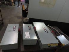 (Lot) (3) Switches: (1) 200 Amp, (2) 100 Amp
