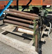 Air Feeds Double Grip Air Feeder 24'' x 0.105''. LOADING FEE FOR THIS LOT: $75