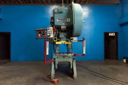 Minster OBI Punch Press 60 Ton x 32'' x 21''. LOADING FEE FOR THIS LOT: $700