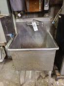 S.S. Sink, 24'' x 24''