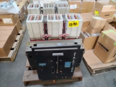 (Lot) (2) ITE Air Breakers 3000A, K3000 (LOADING FEES: $25)