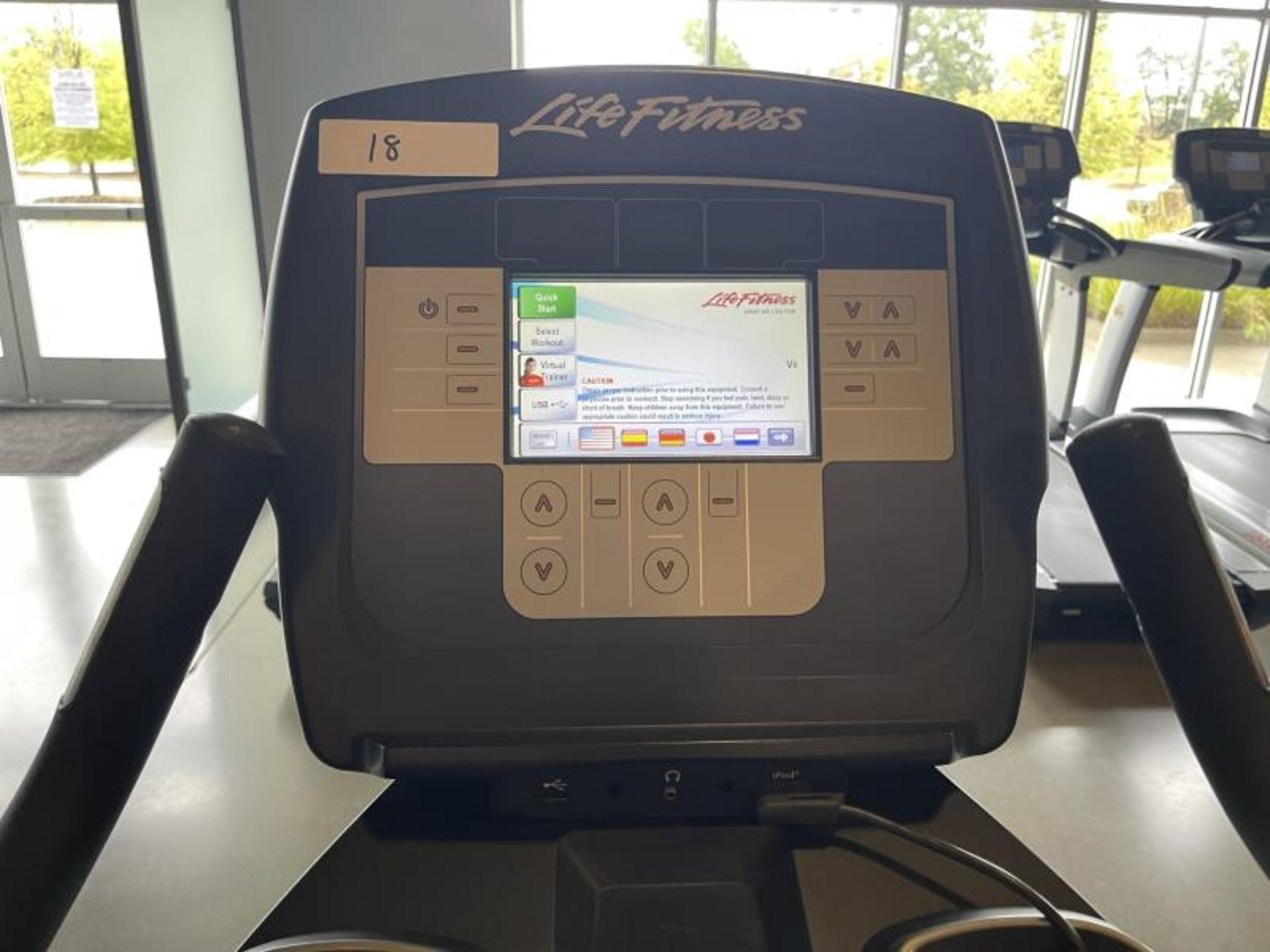 Life Fitness Exercise Bike M: 95CLifecycle, SN: CLV102818 - Image 4 of 4