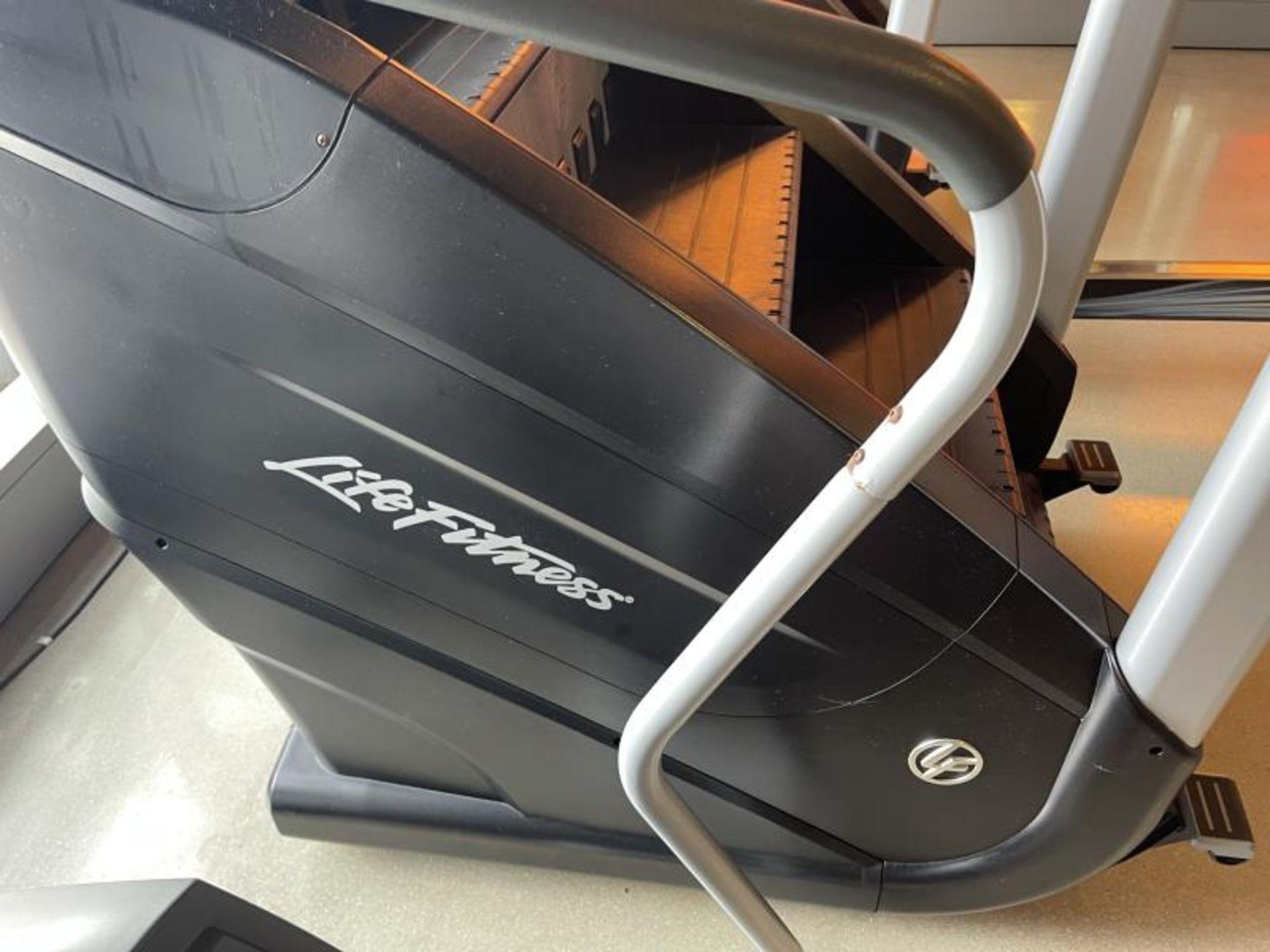 Life Fitness Powermill SN: PMH103963 - Image 3 of 7