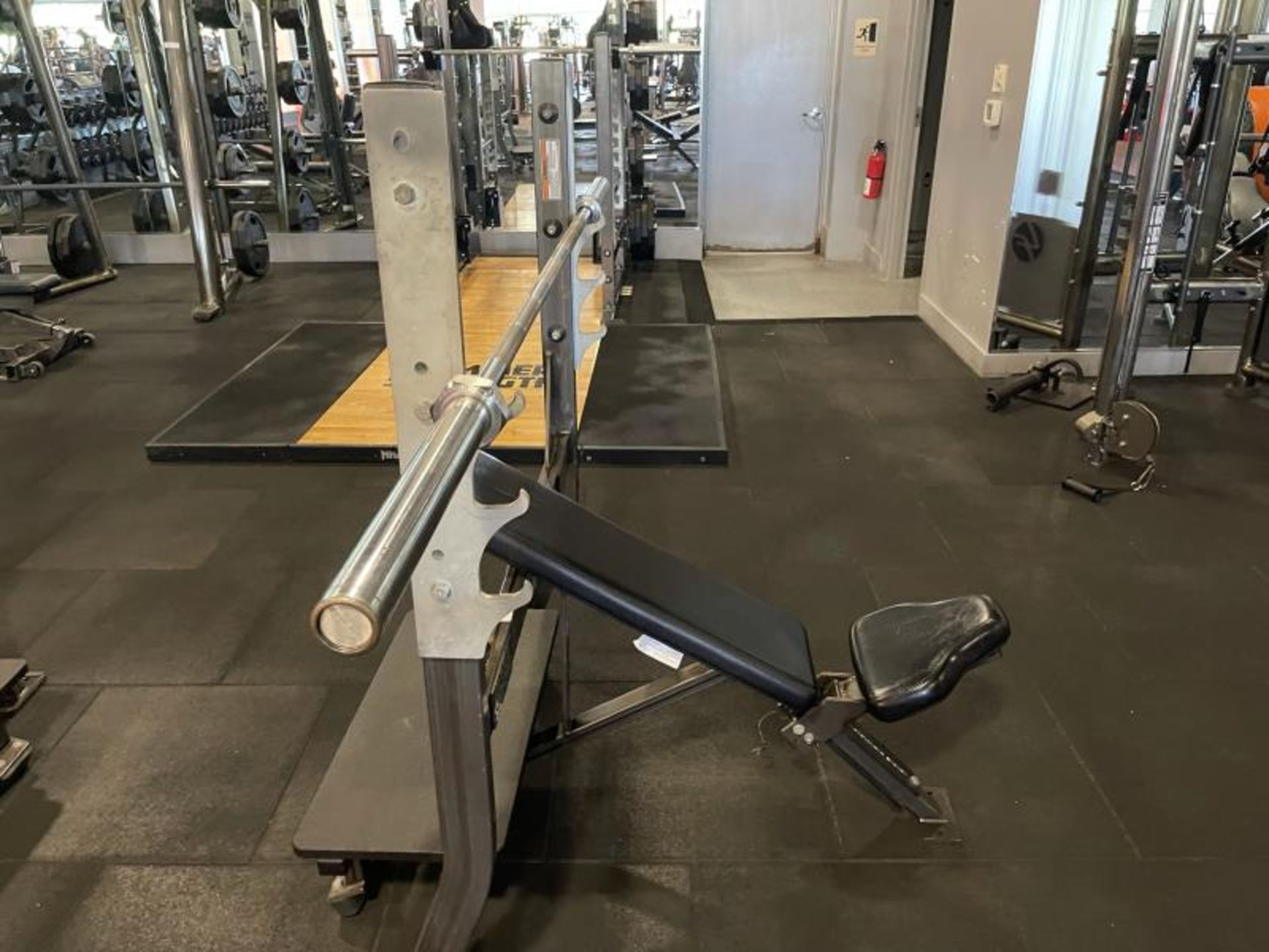 Hammer Strength with Bench, Rack, Bars - Image 5 of 5