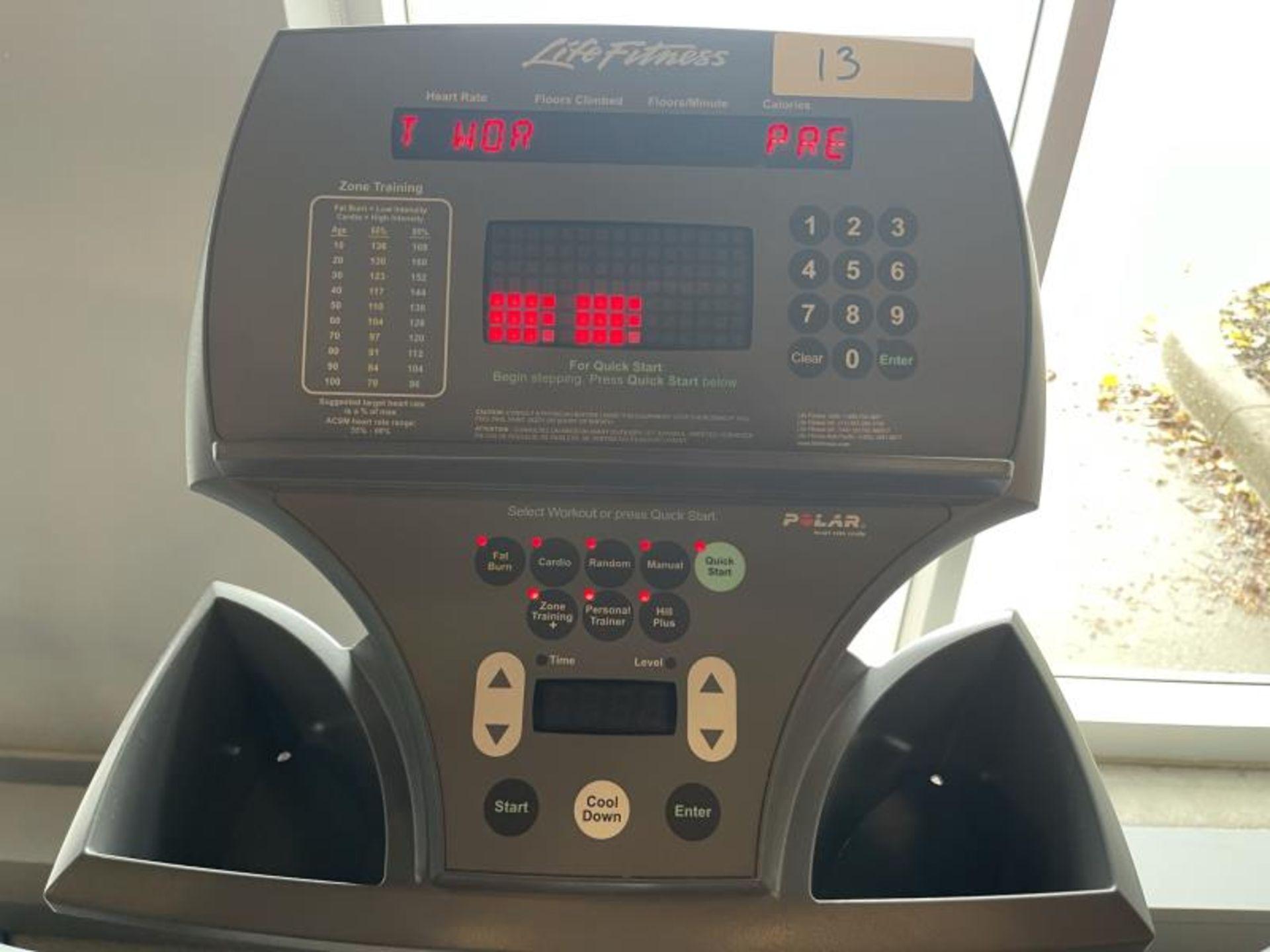 Life Fitness Stepper, M: 955 SN: MST105691 - Image 2 of 4