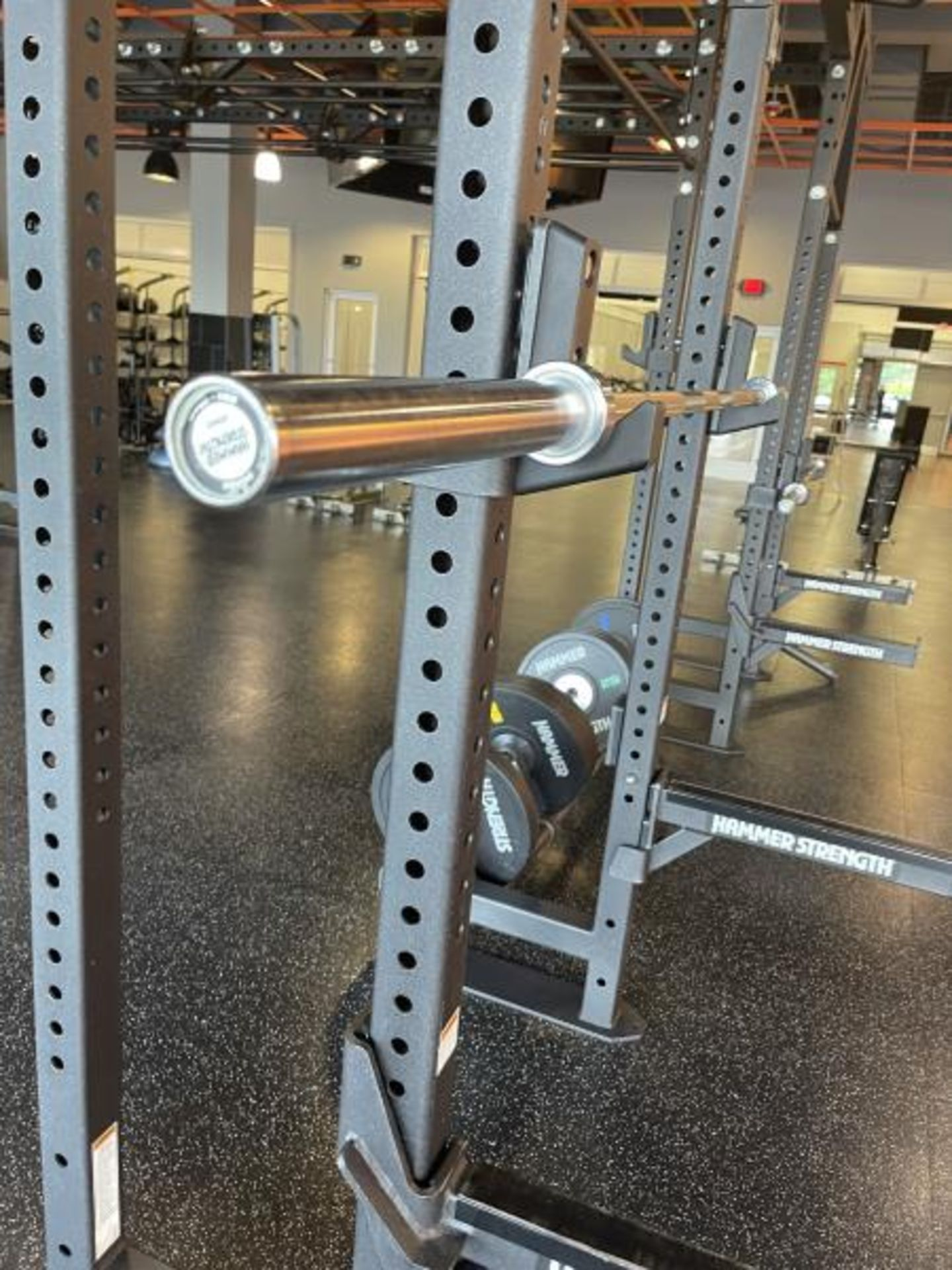 Hammer Strength Multi Station Cage with Hammer Strength Weighted Plates, 4 Bars - Image 5 of 11