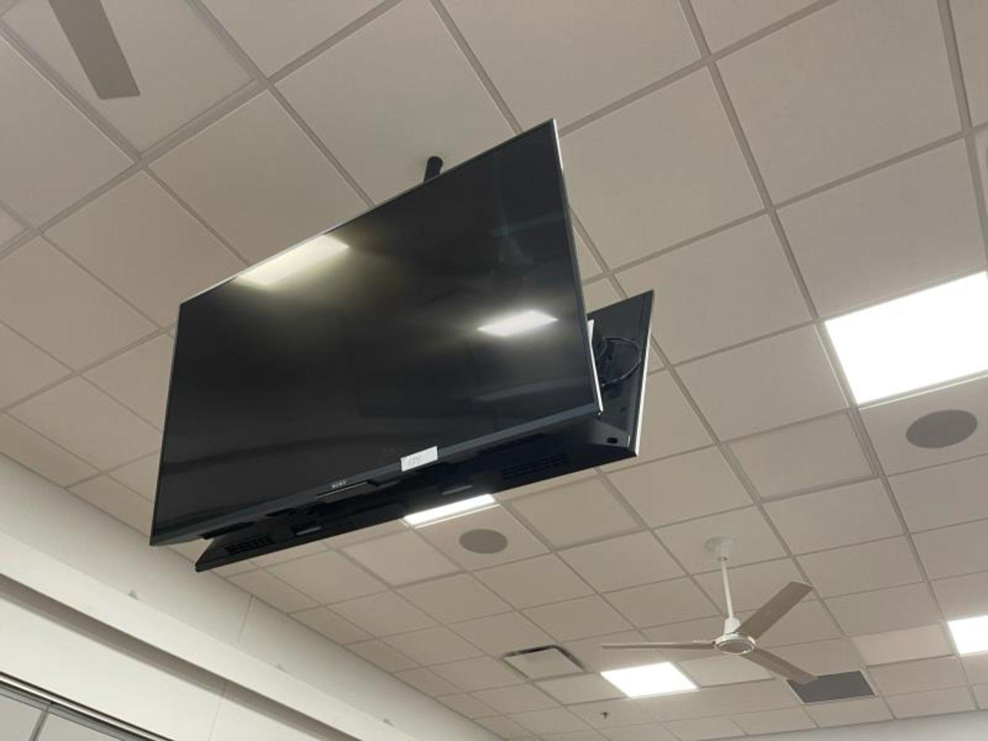 Lot of 2 Sony Flat Panel TV's, No Pole Mount, M: XBR-55X800E