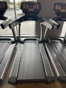 Life Fitness Treadmill M: 95T with Flex Deck, Shock Absorption System SN: TET107097