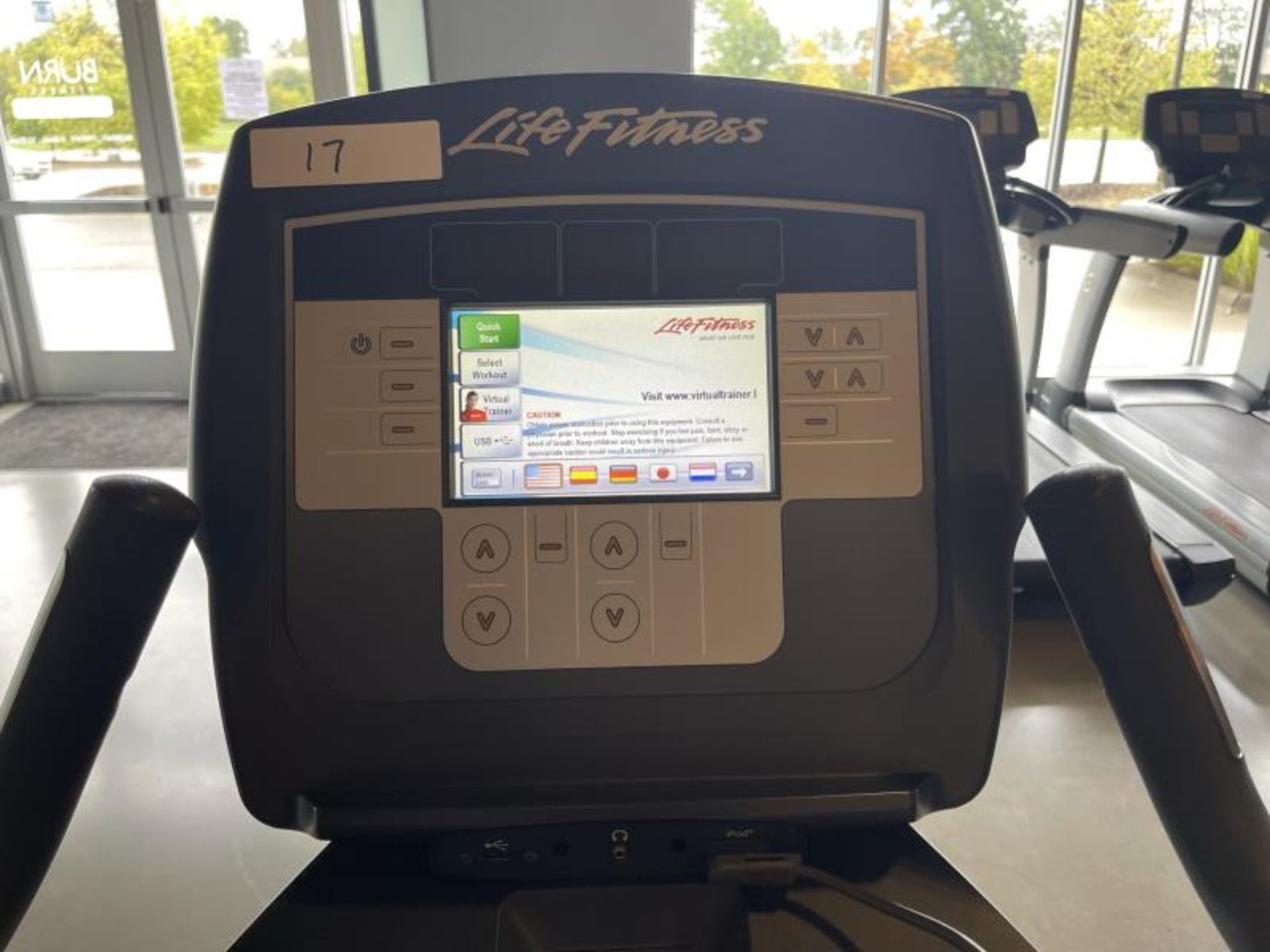 Life Fitness Exercise Bike M: 95CLifecycle, SN: CLV102819 - Image 5 of 5