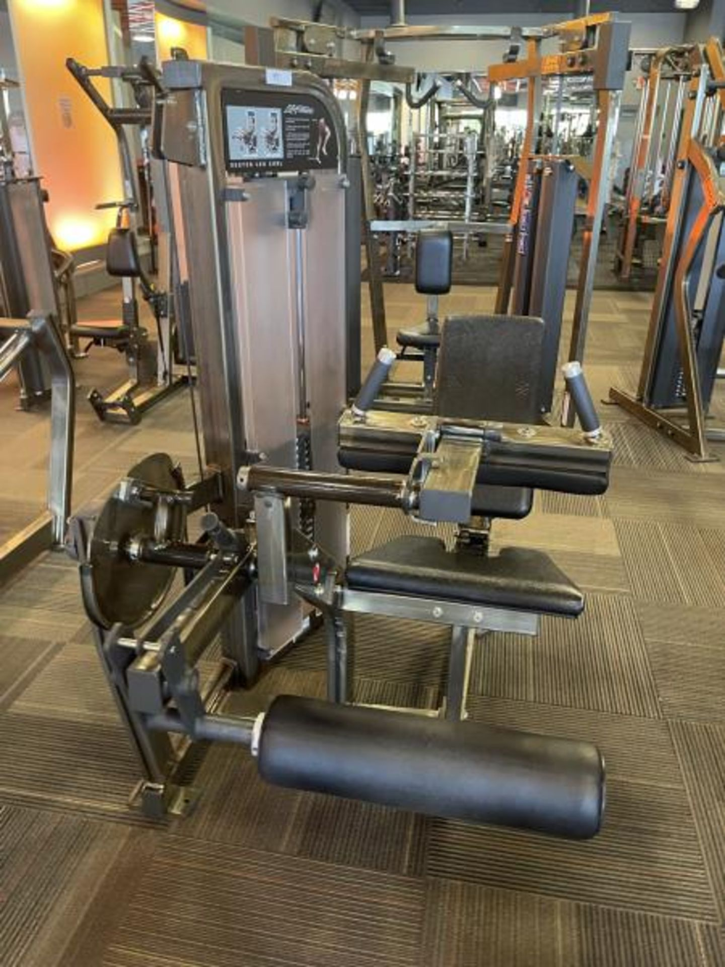 Life Fitness Seated Leg Curl M: PSSLCSE - Image 2 of 6