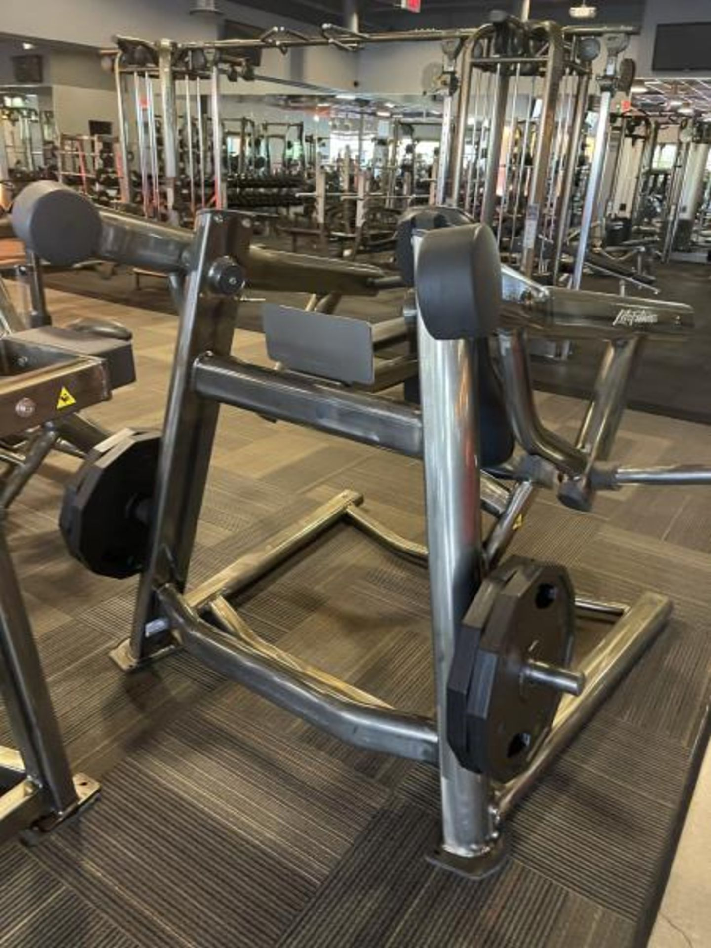 Life Fitness Shoulder Press M: SPLSP with 4 Iron Grip Weight Plates, 45# - Image 3 of 4